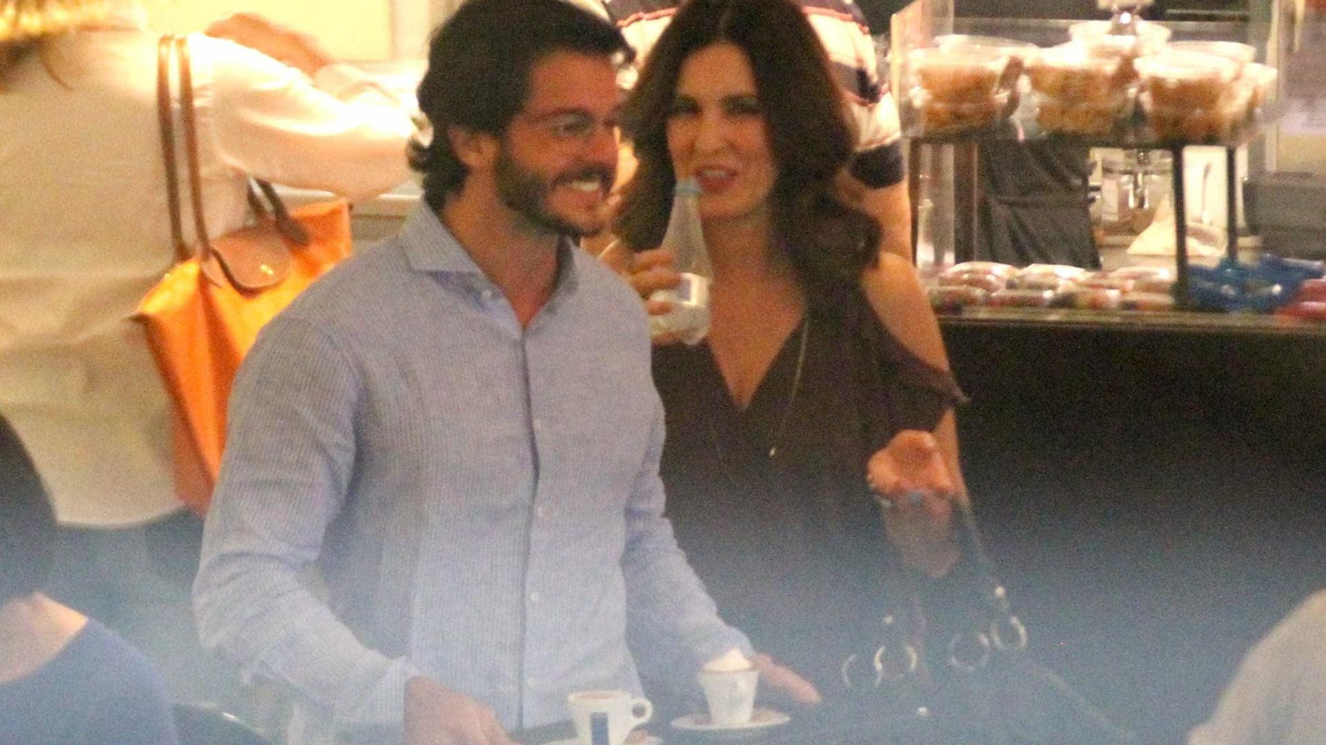 Namorado bonitão de Fátima Bernardes desconversa sobre relação: