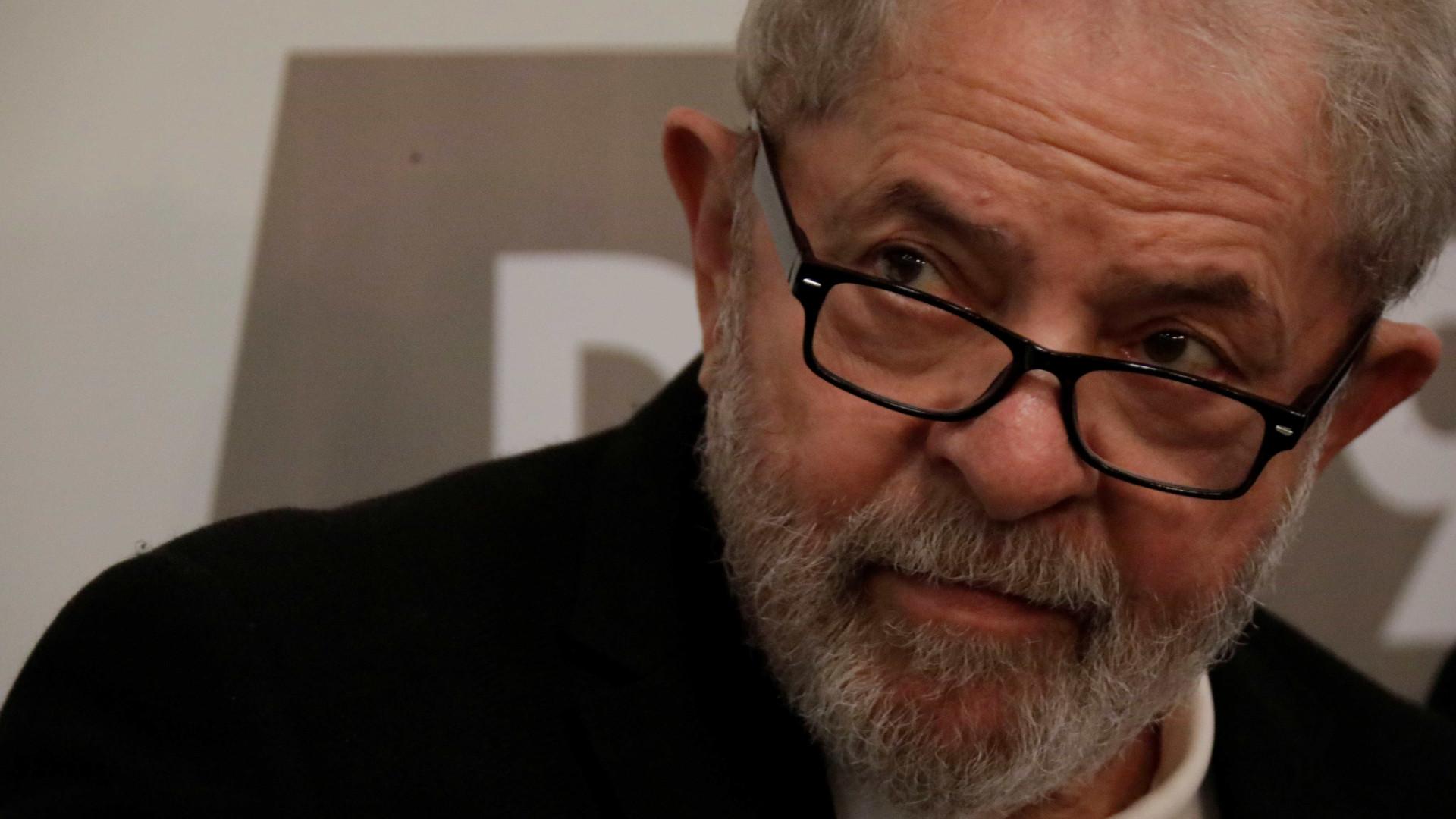 STF confirma data de julgamento de recurso de Lula contra prisão