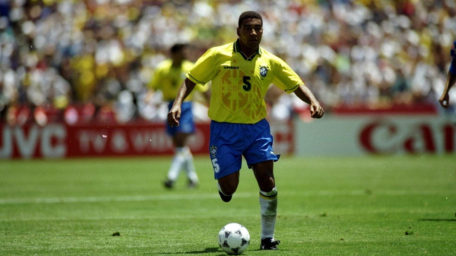 Campeão do mundo em 1994 elogia Casemiro: 'O melhor da posição'