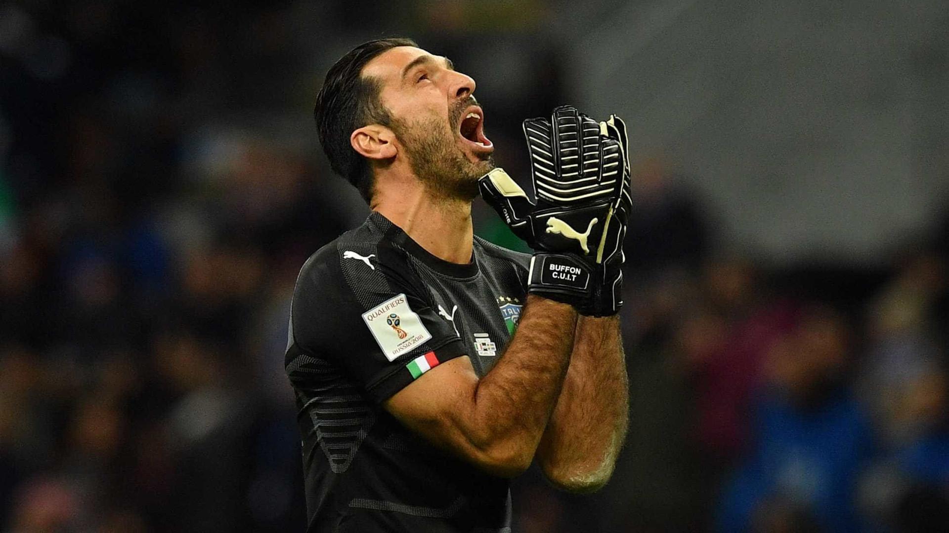 Buffon se despede da seleção italiana às lágrimas: 'Desgosto'
