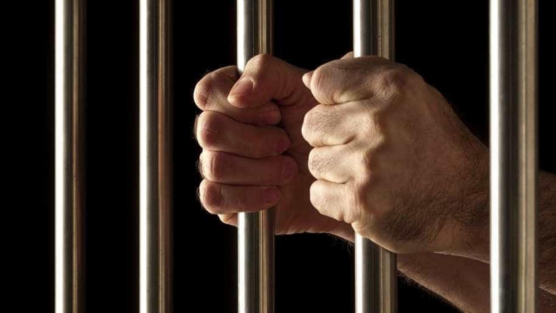 Vereador é preso por naturalizar eleitores em troca de votos