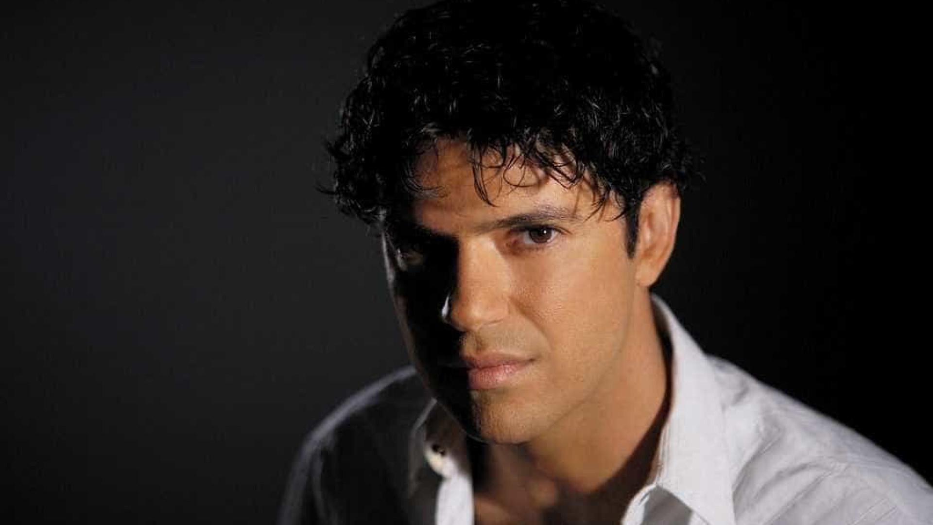 Jorge Vercillo recria hit para campanha de preveção à arritmia cardíaca