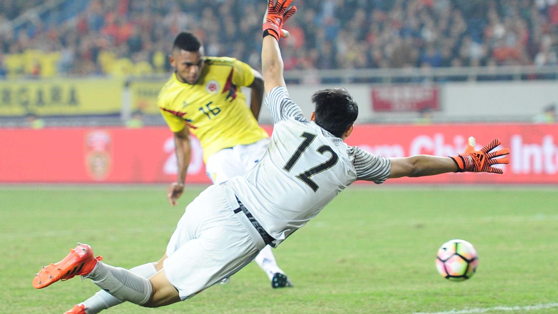 Borja marca dois gols em vitória da Colômbia em amistoso na China