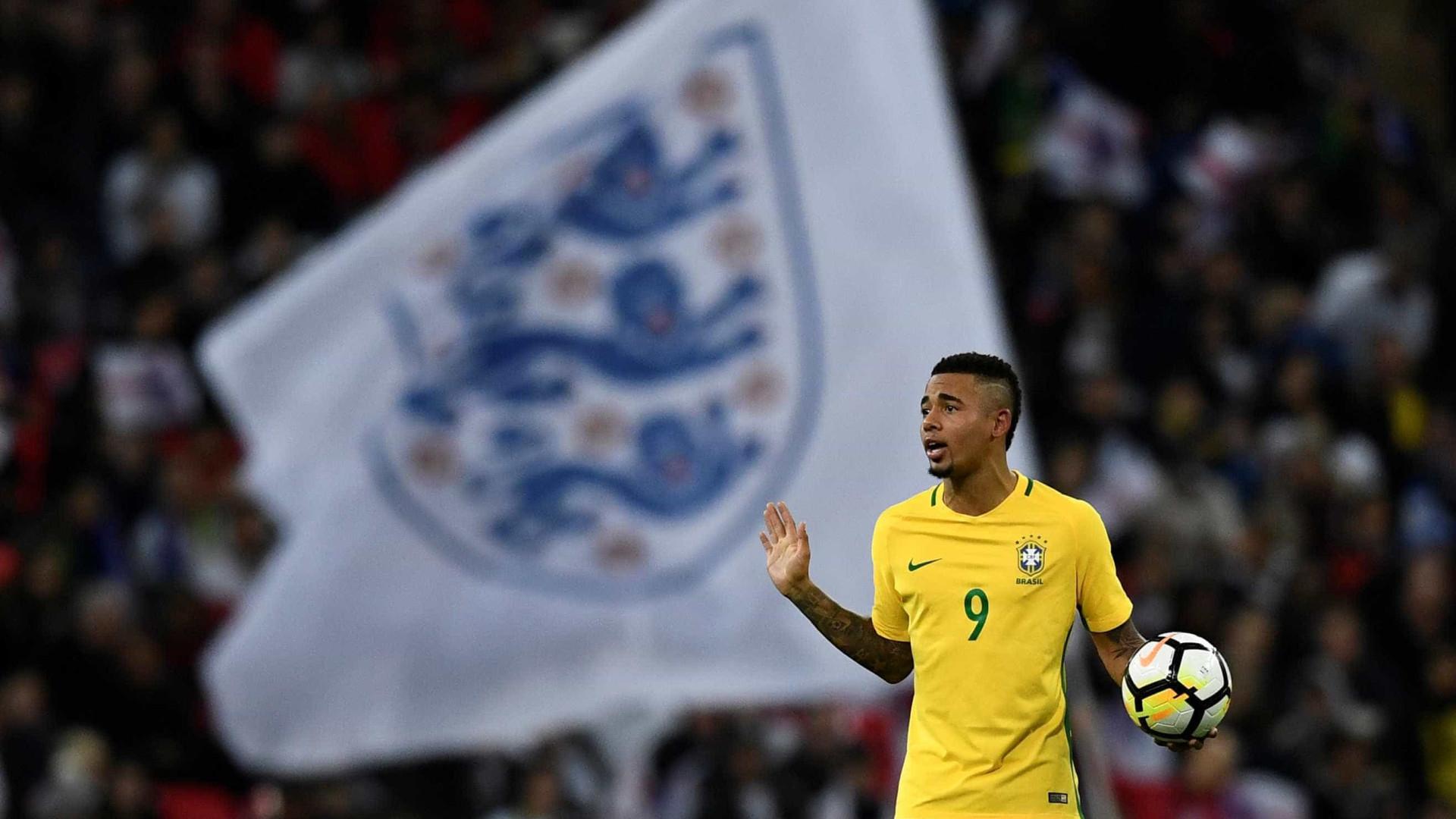 Após empate, Gabriel Jesus e Willian ressaltam força da Inglaterra