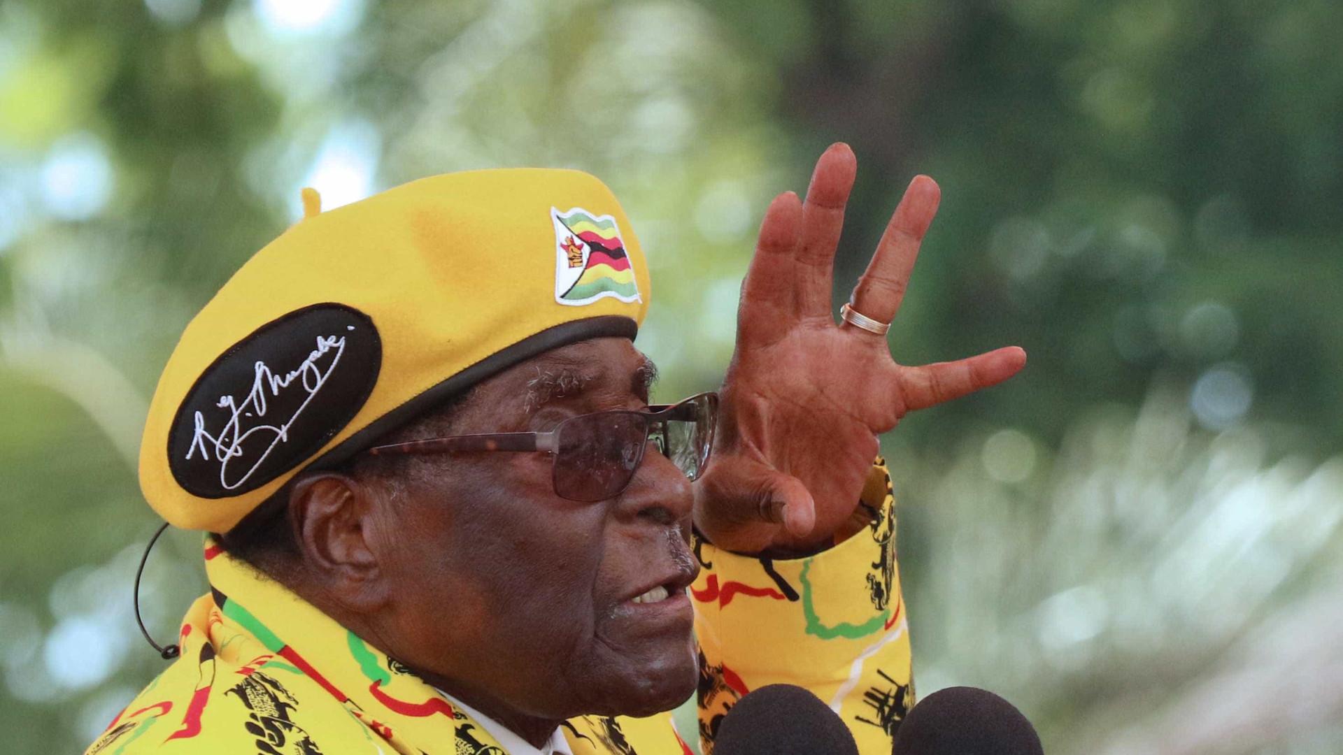 Forças Armadas do Zimbábue anunciam detenções de pessoas ligadas a Mugabe
