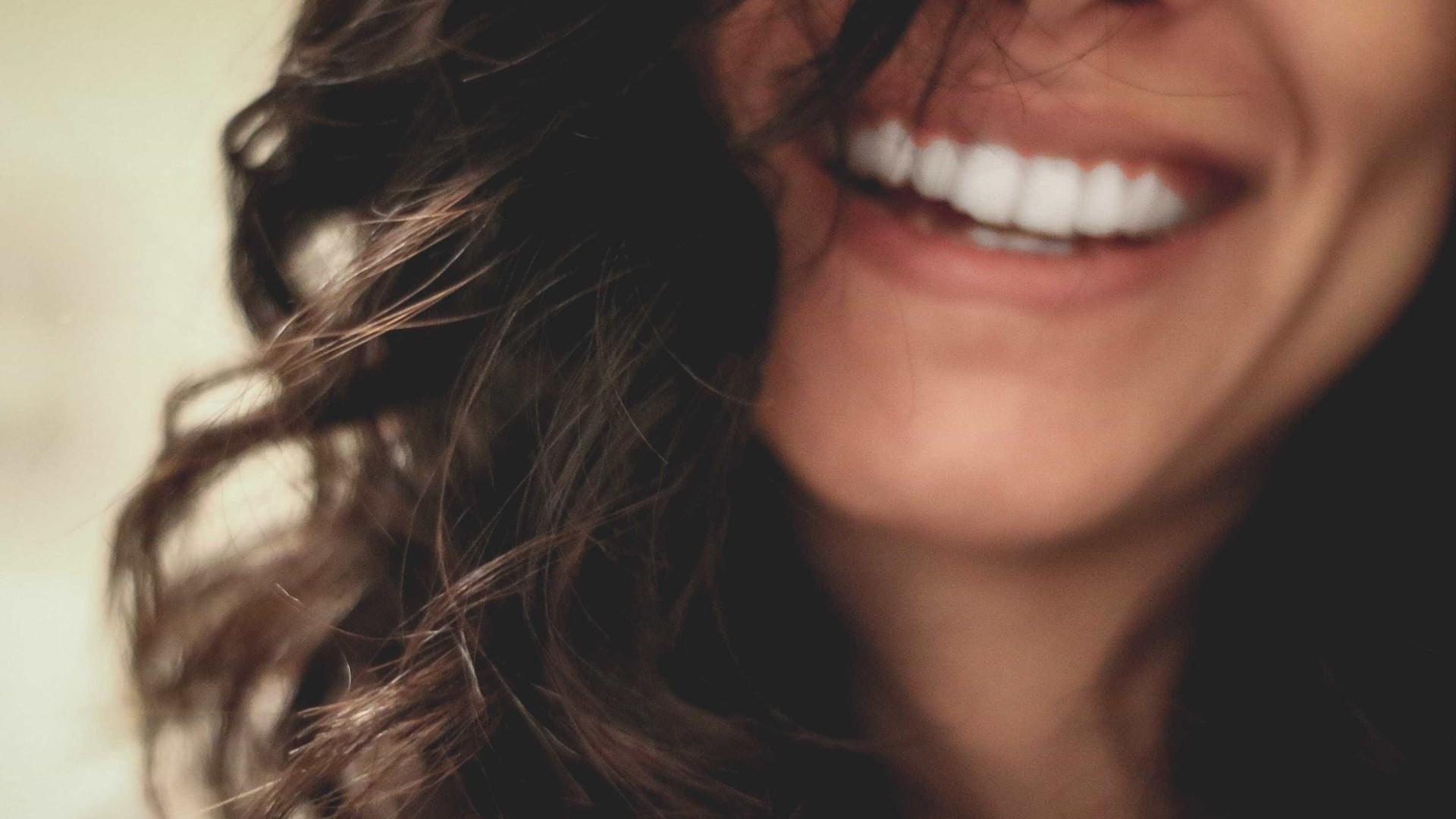 Fio dental: um aliado para manter a saúde bucal