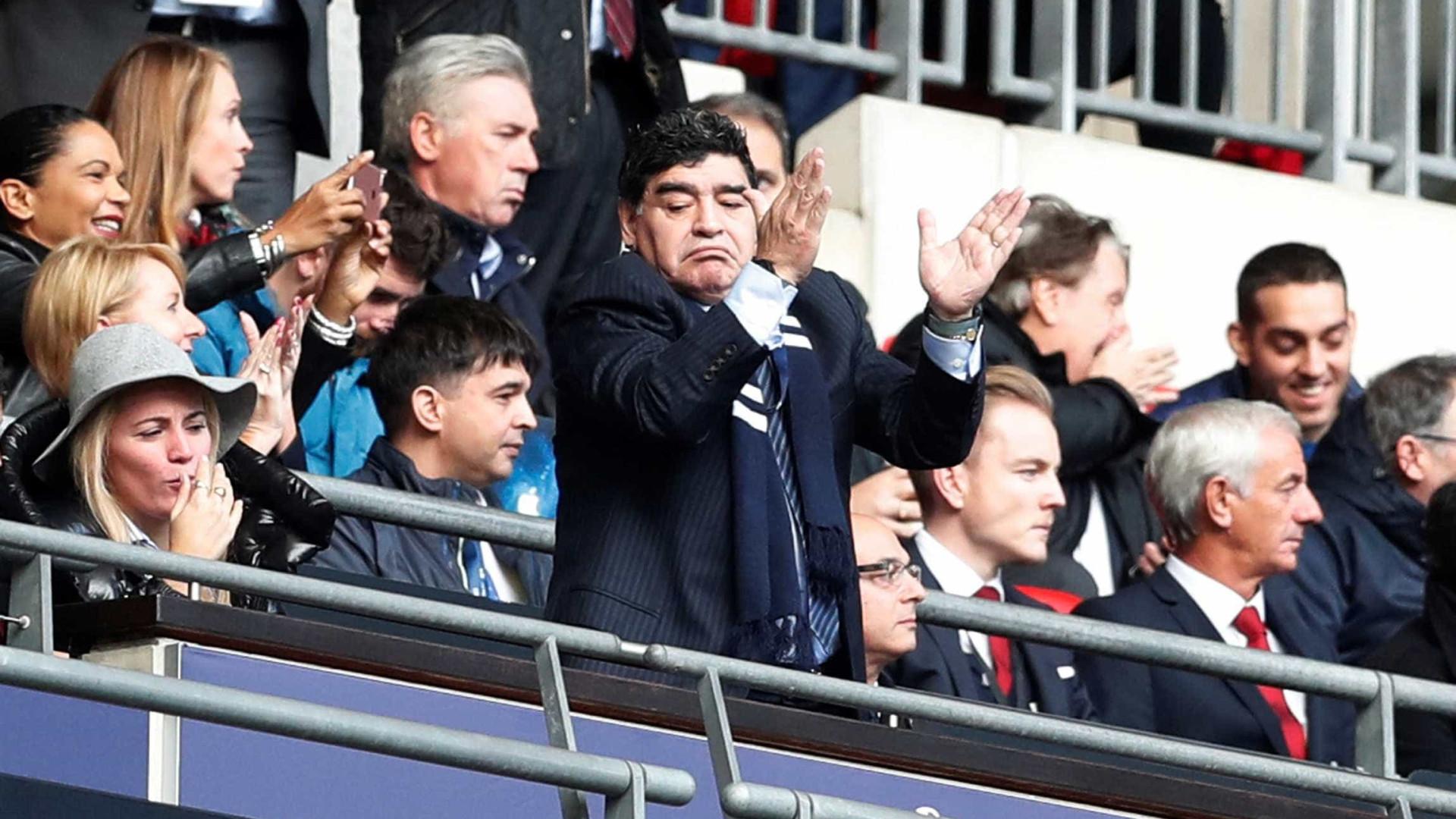 Time da série B do Chile rejeitou Maradona para cargo de técnico