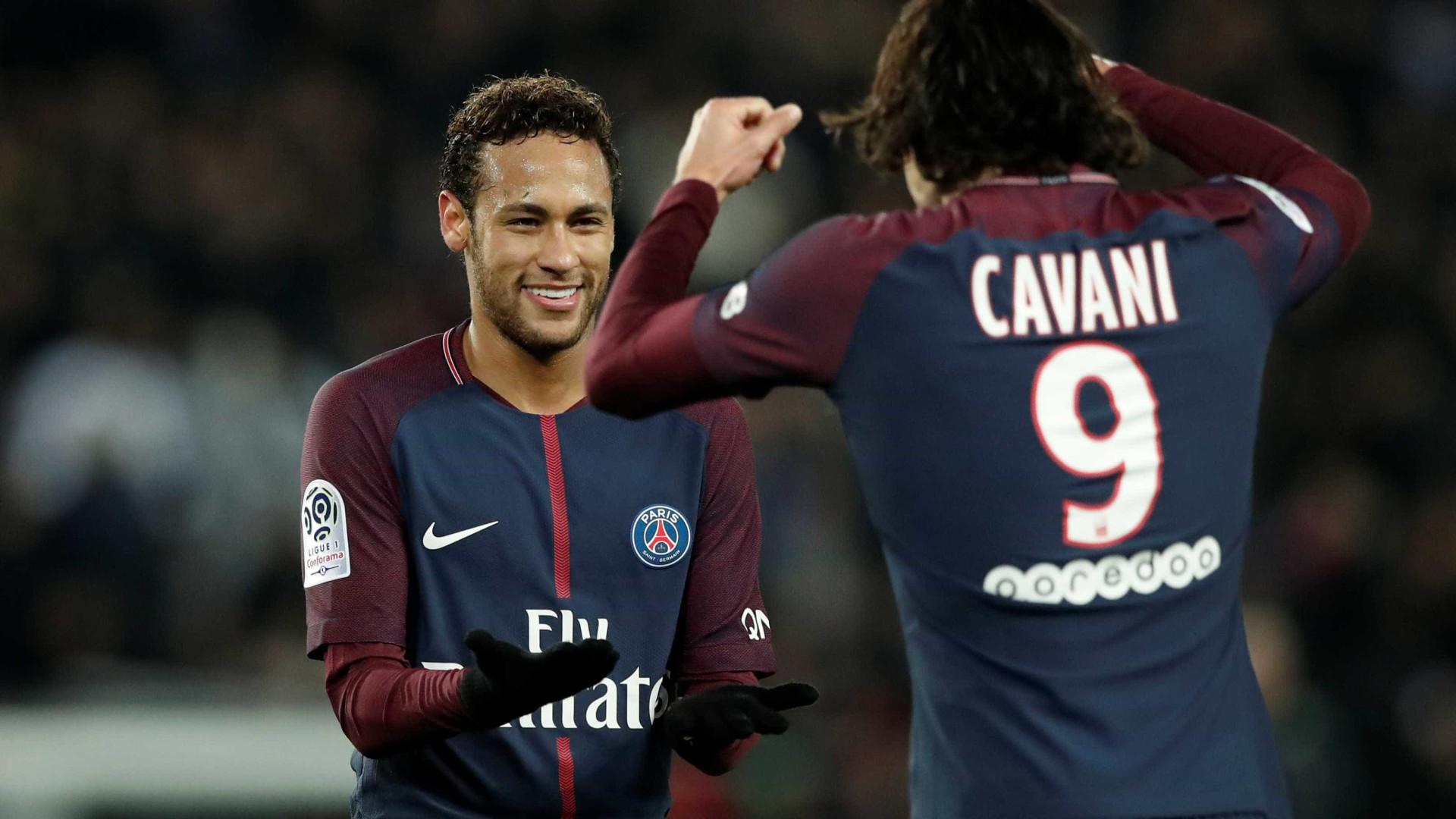 Neymar se muda de casa por questões de segurança, diz jornal francês