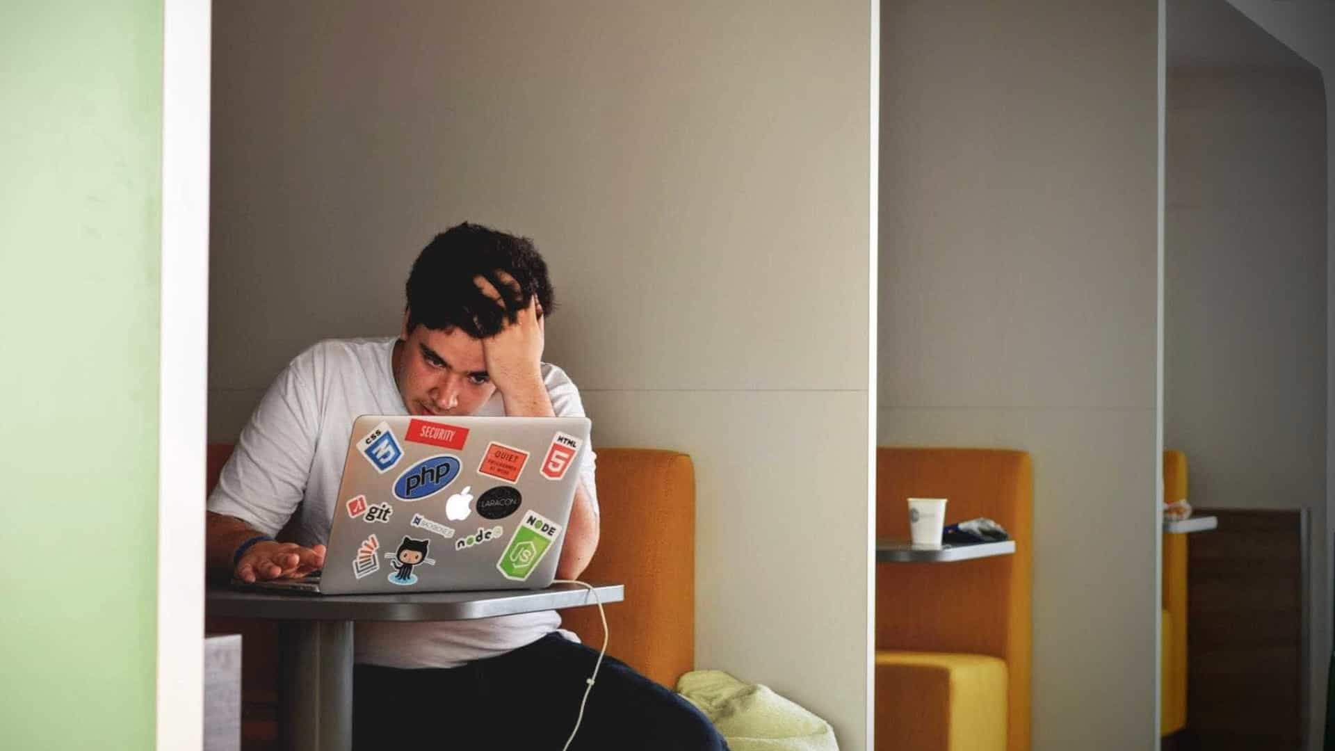 Mais de 70 milhões de jovens estão desempregados no mundo