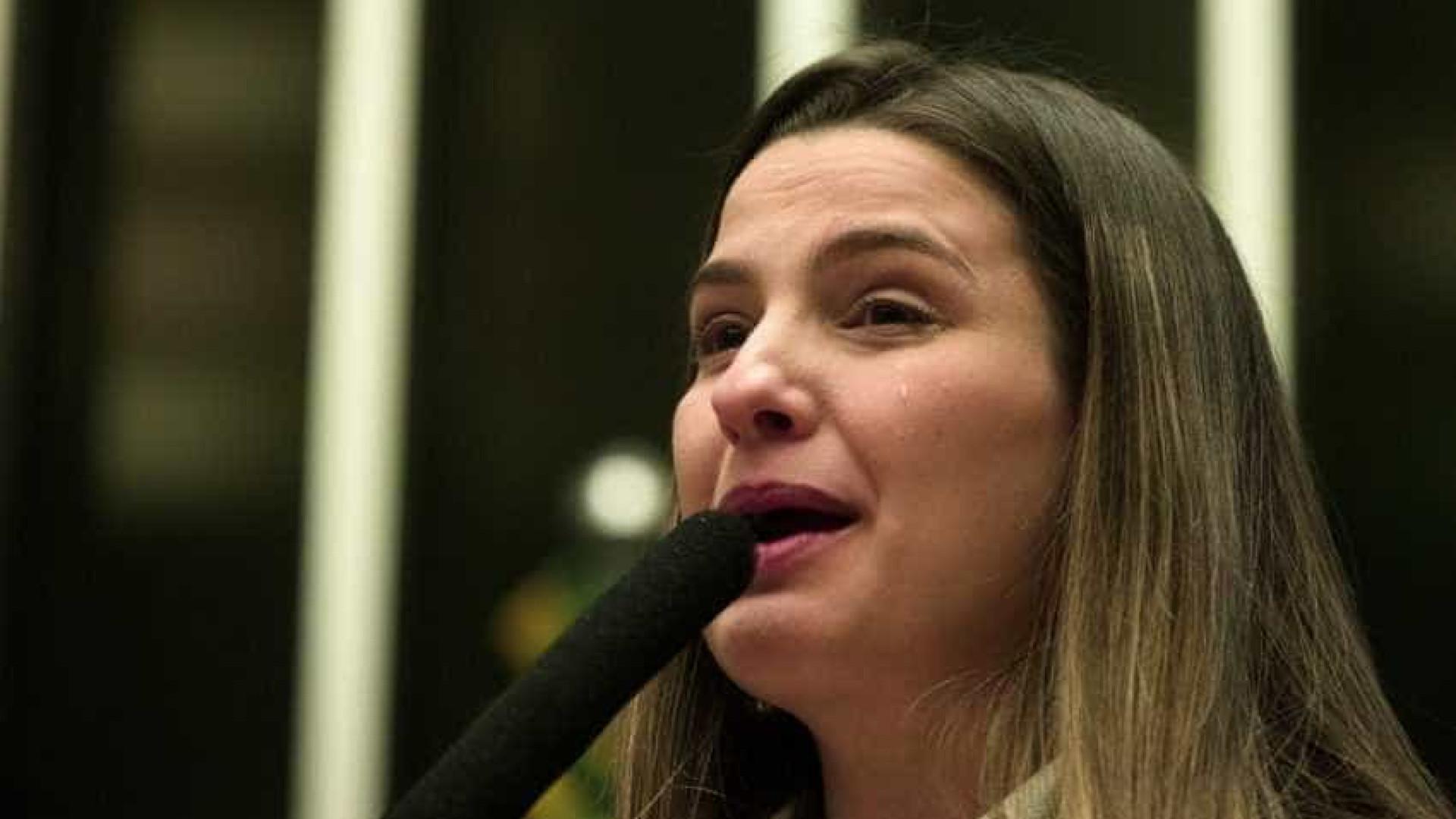 Cadeia em Benfica é 'cova de leões' para Garotinho, diz filha deputada