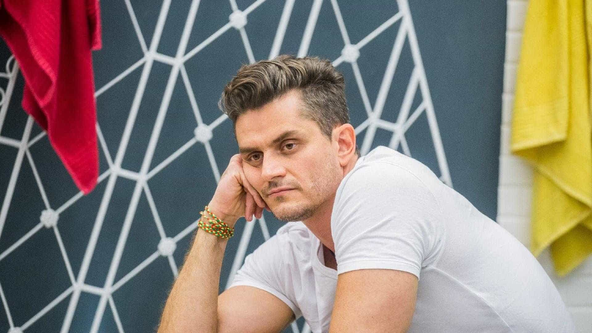 Marcos Harter culpa álcool por suposta agressão a Emilly no 'BBB17'