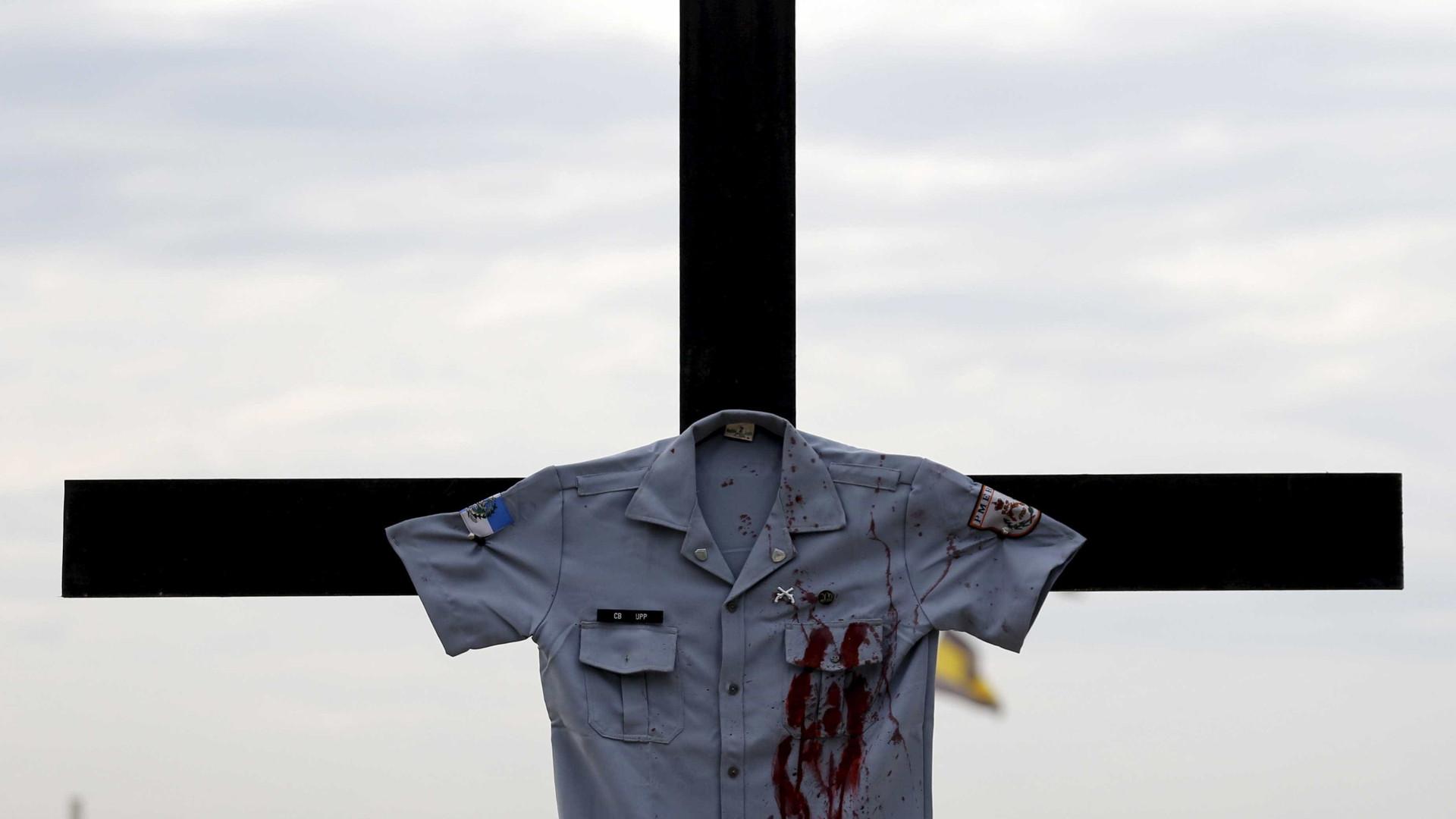 Rio já tem 50 policiais assassinados neste ano