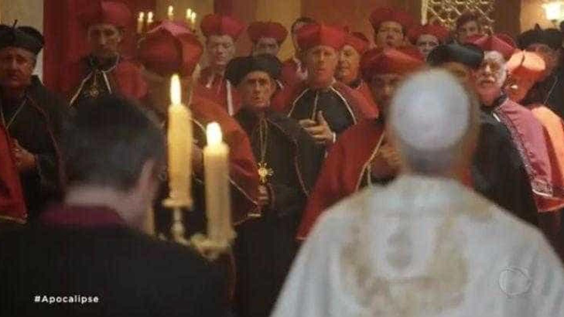 Em 'Apocalipse', Record ataca Igreja Católica e tem anticristo romano