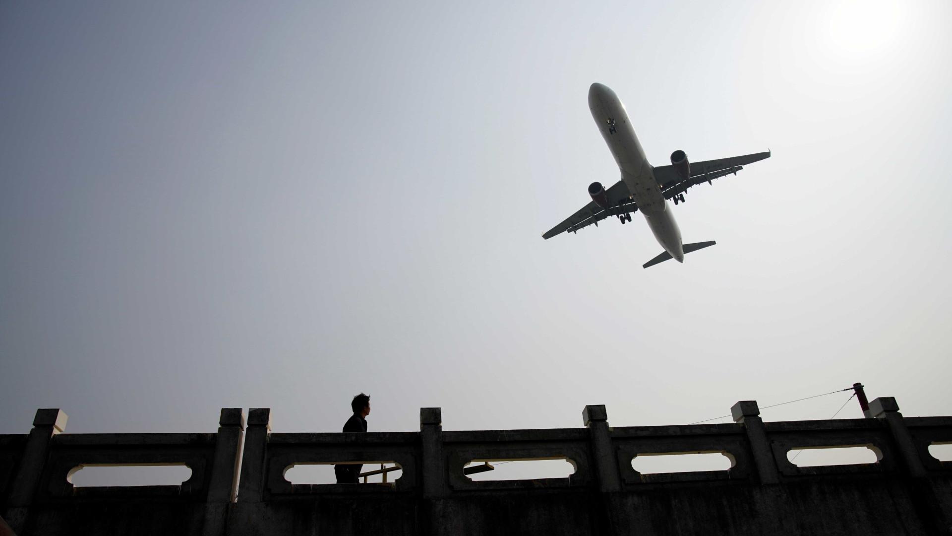 Pelo menos seis aeroportos permanecem sem combustível