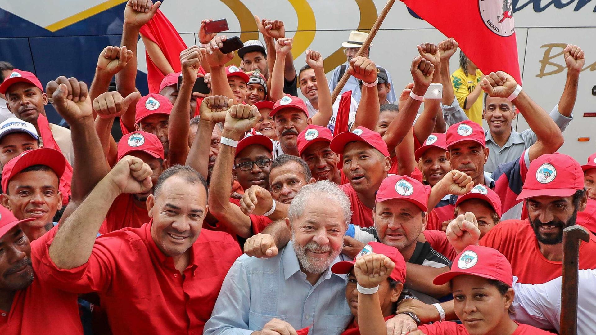 Lula diz que vai continuar a desafiar Moro e a Polícia Federal