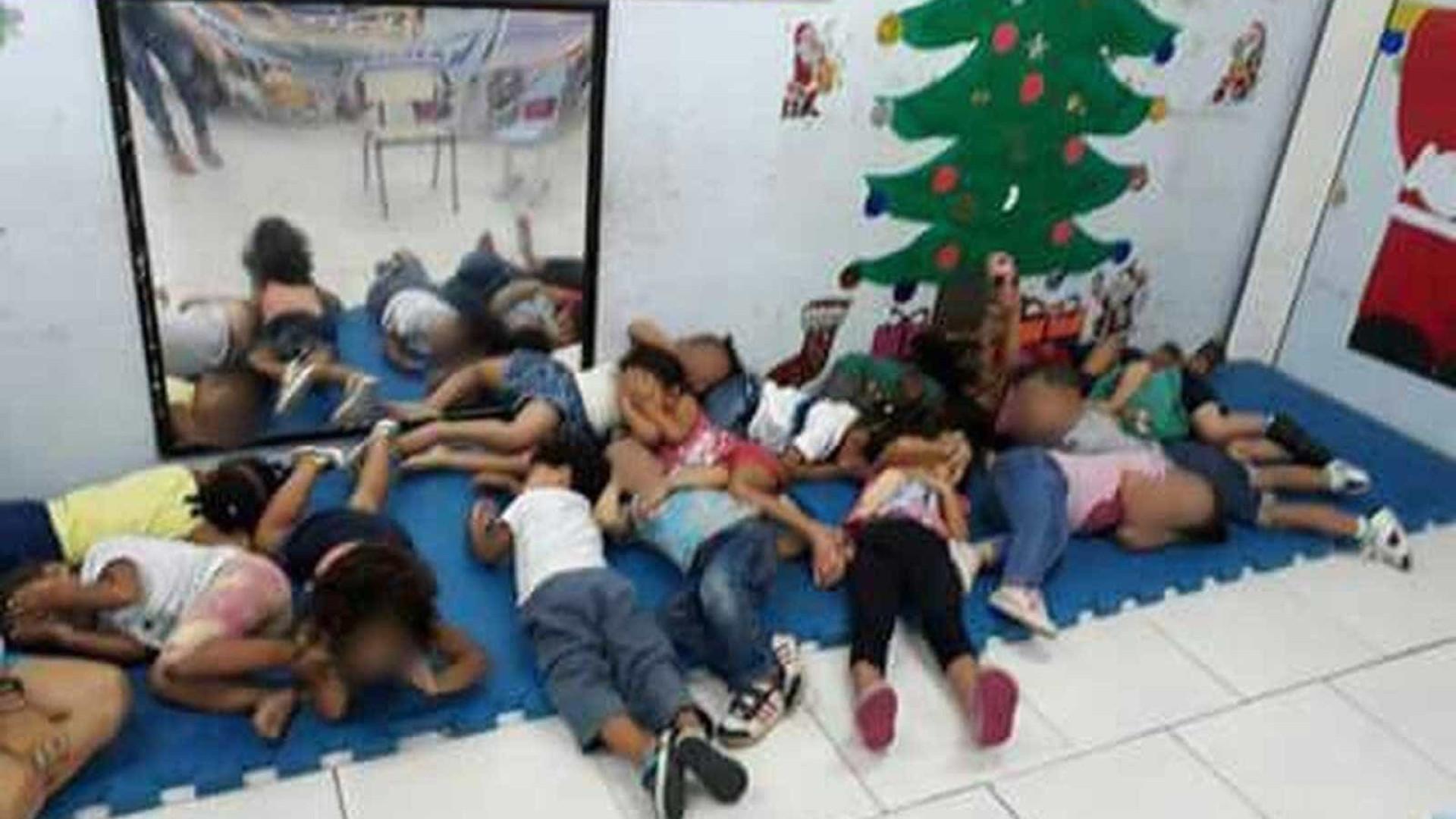 Crianças deitam em chão de creche para se protegerem de tiros na Maré