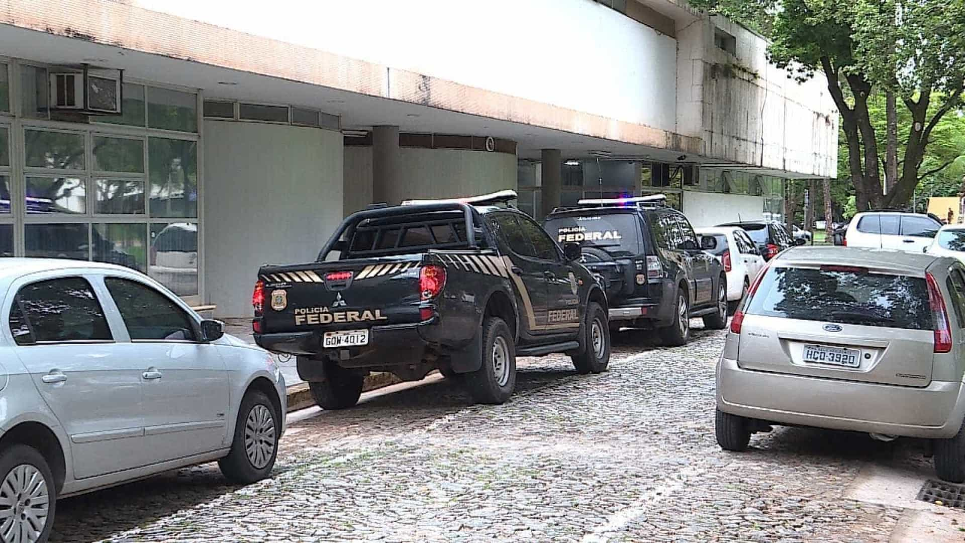 Reitor e vice da UFMG vão depor sobre suposta fraude em obras