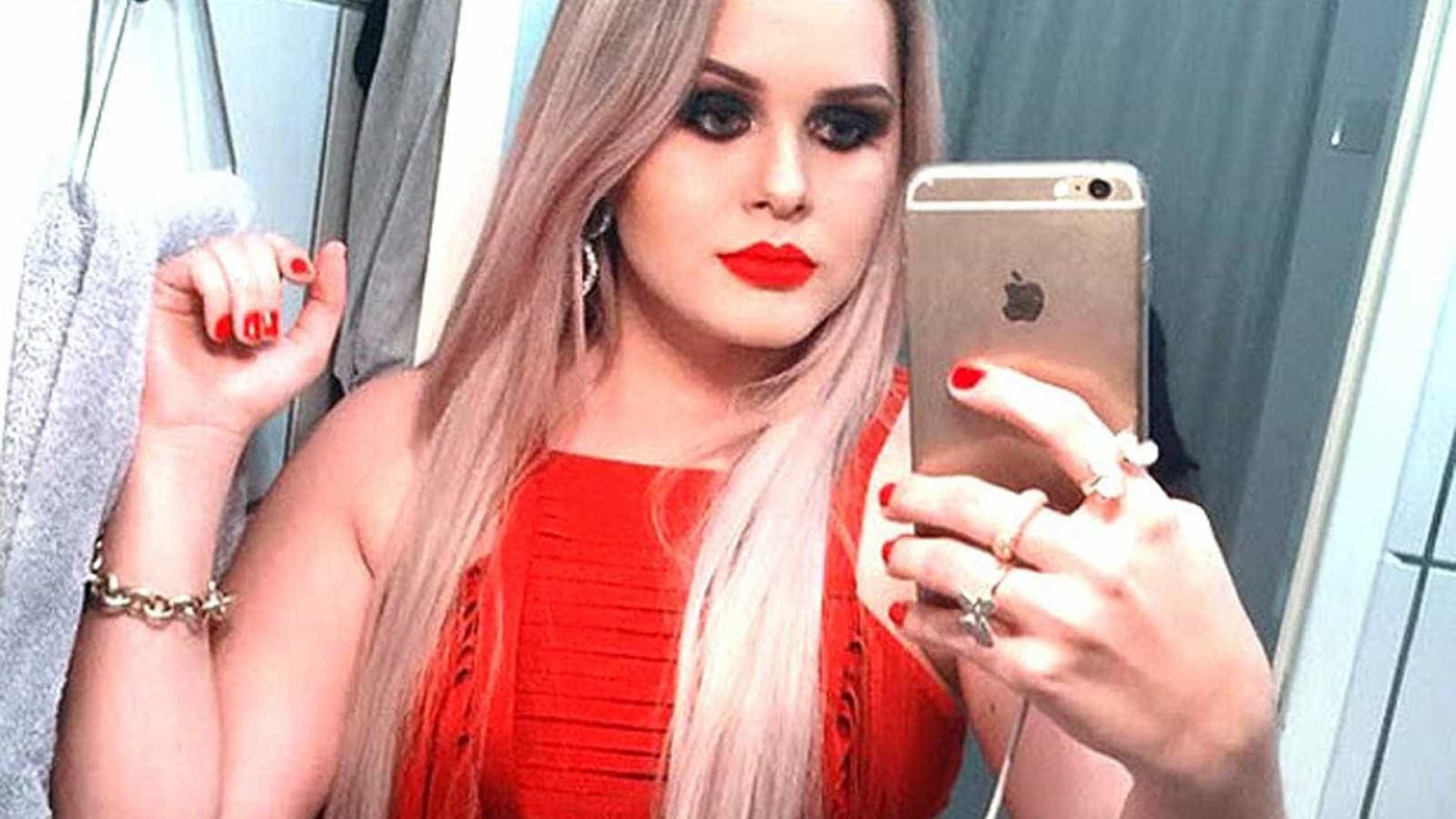 Em prisão domiciliar, 'ex-prefeita-ostentação' mostra passeios na web