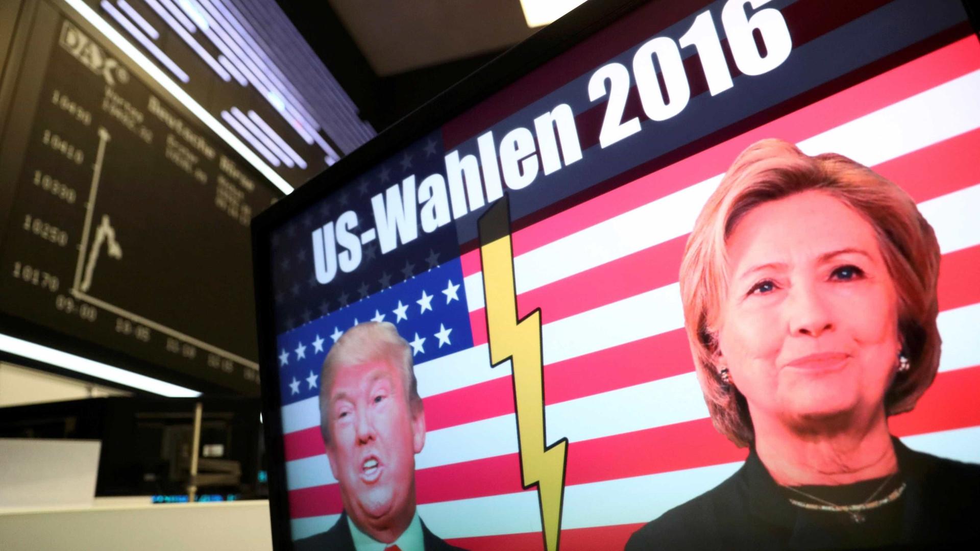 Democratas processam Trump, Rússia e Wikileaks por interferência em eleições americanas