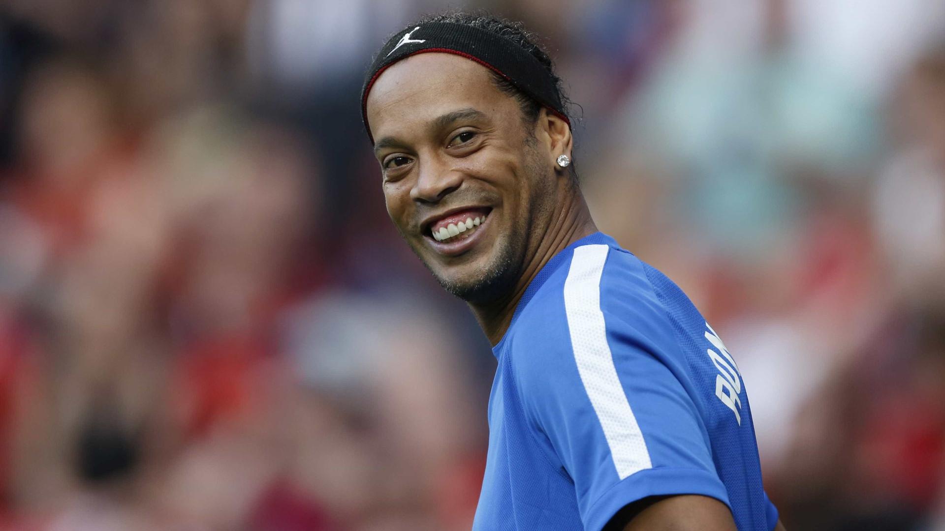 Ronaldinho tentará Senado no partido de Bolsonaro, diz colunista