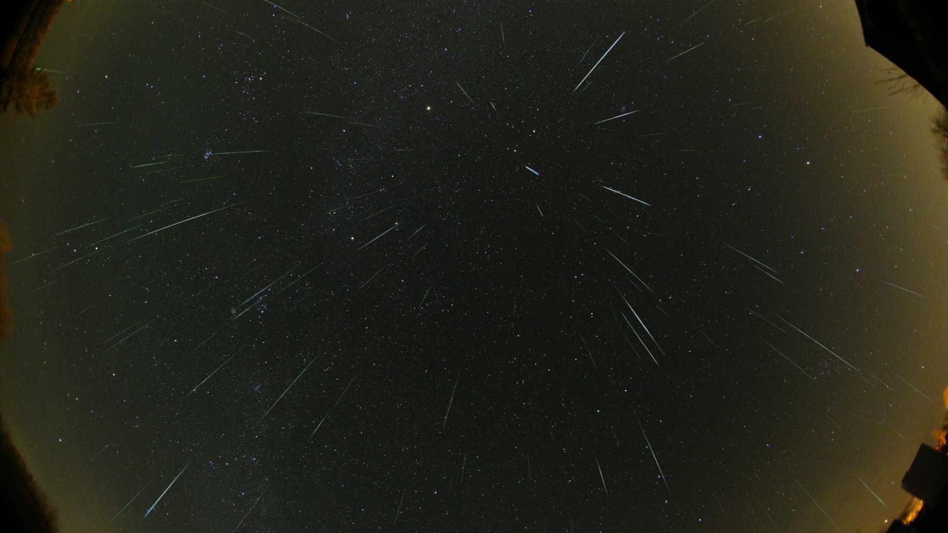 Melhor chuva de meteoros do ano será nesta semana; saiba como vê-la
