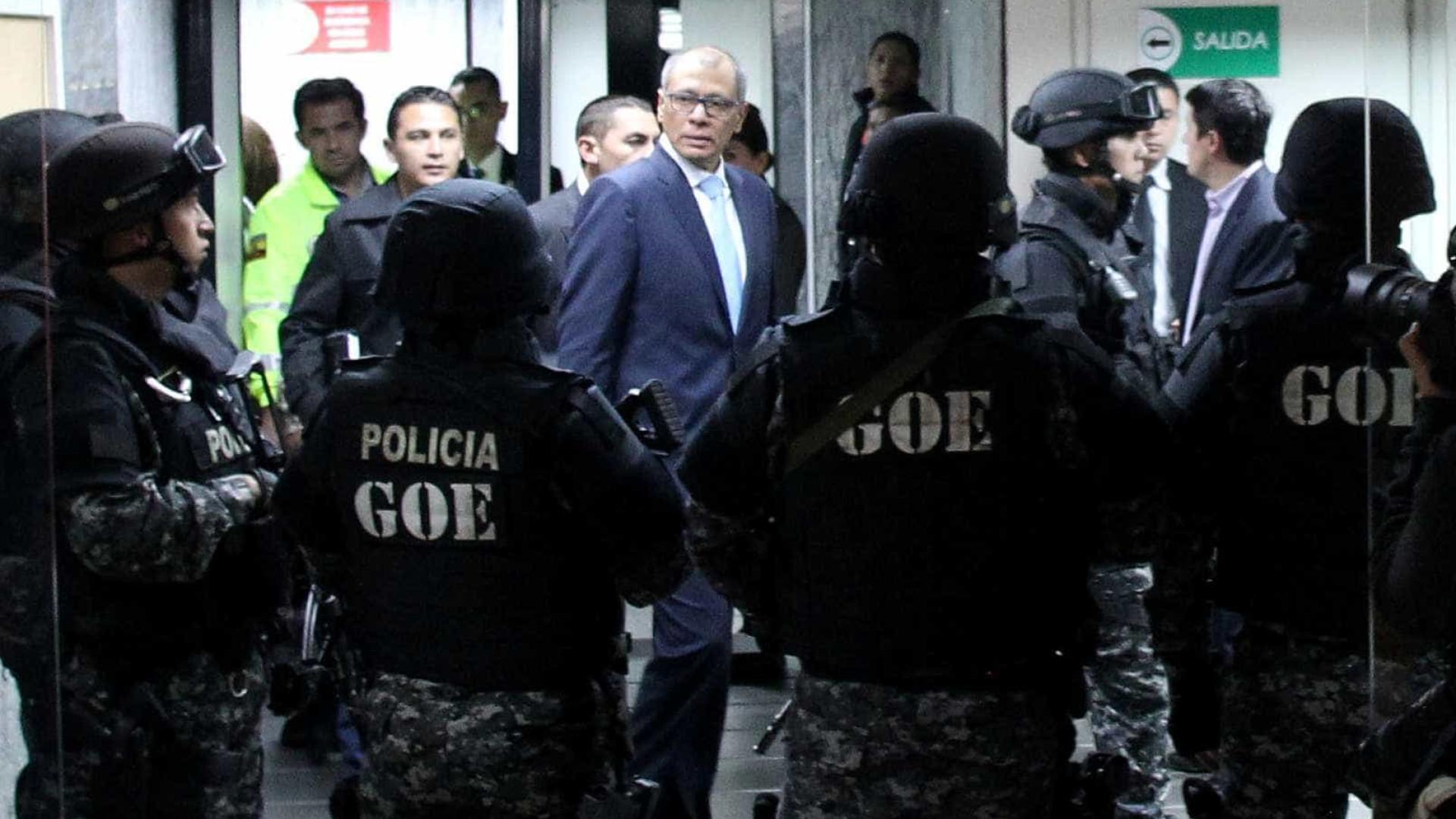 Vice-presidente equatoriano condenado a seis anos de prisão