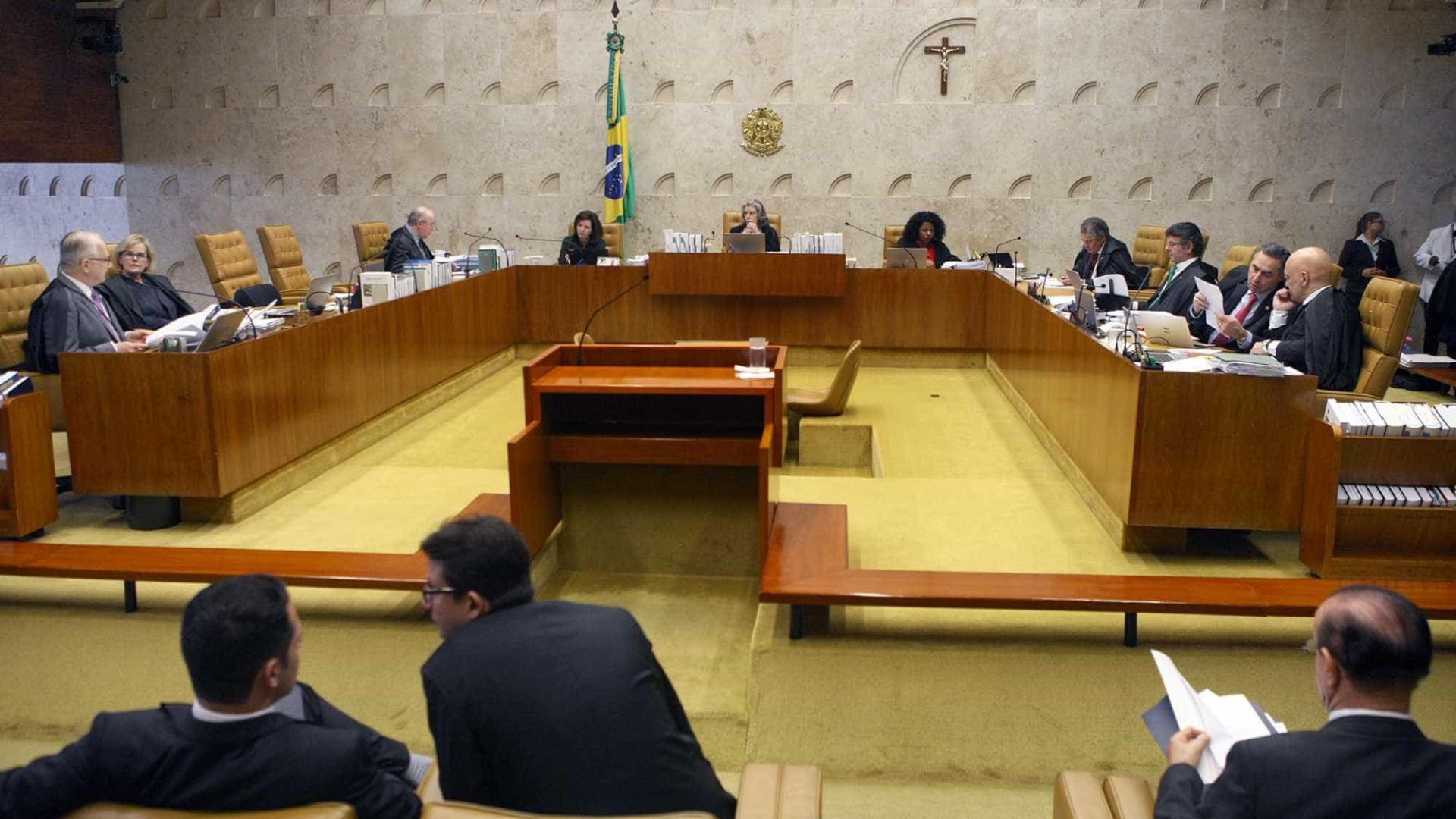 Marco Aurélio permite que PF feche delação premiada; julgamento é suspenso