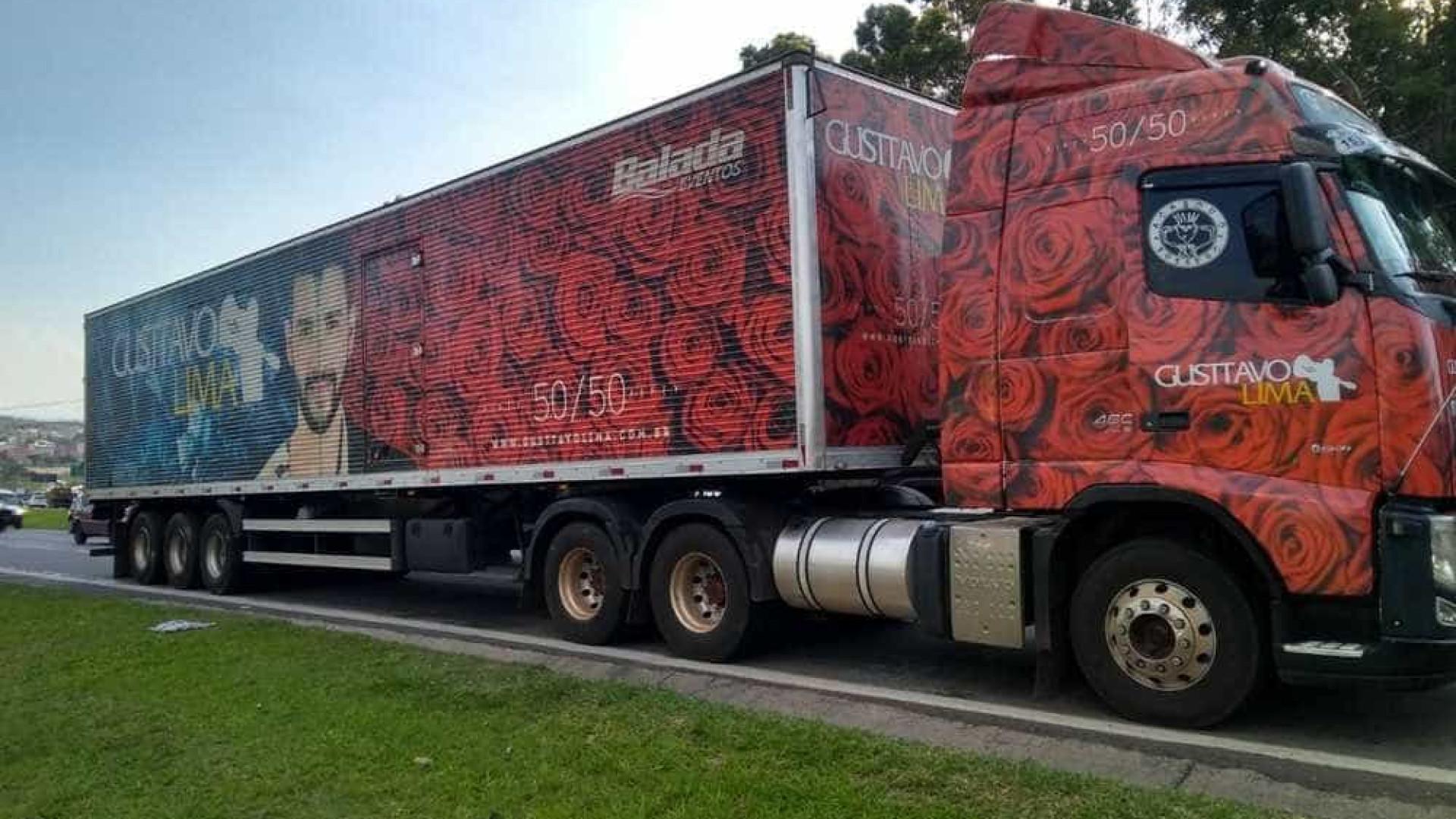 Caminhão do cantor Gusttavo Lima é alvo de criminosos em rodovia de SP