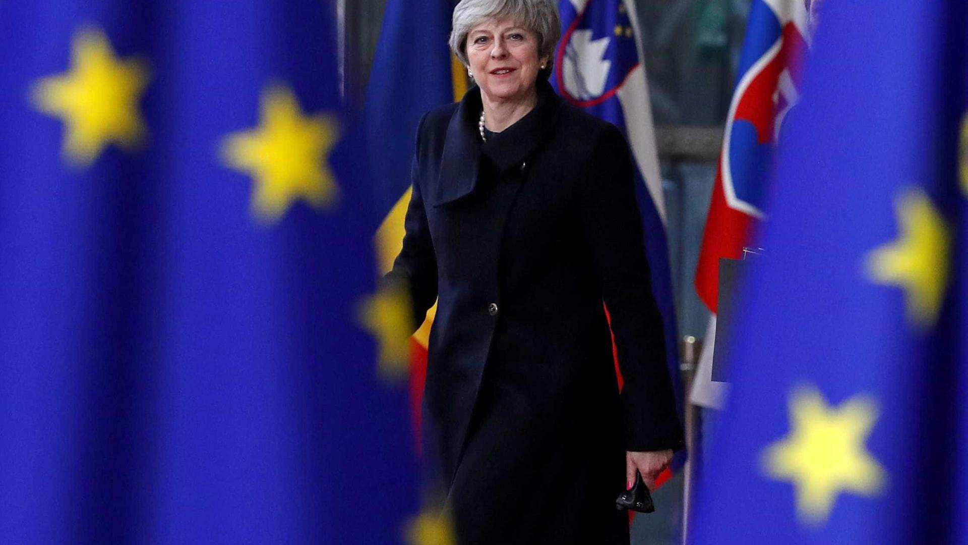 Premier chinês elogia parceria comercial com Reino Unido