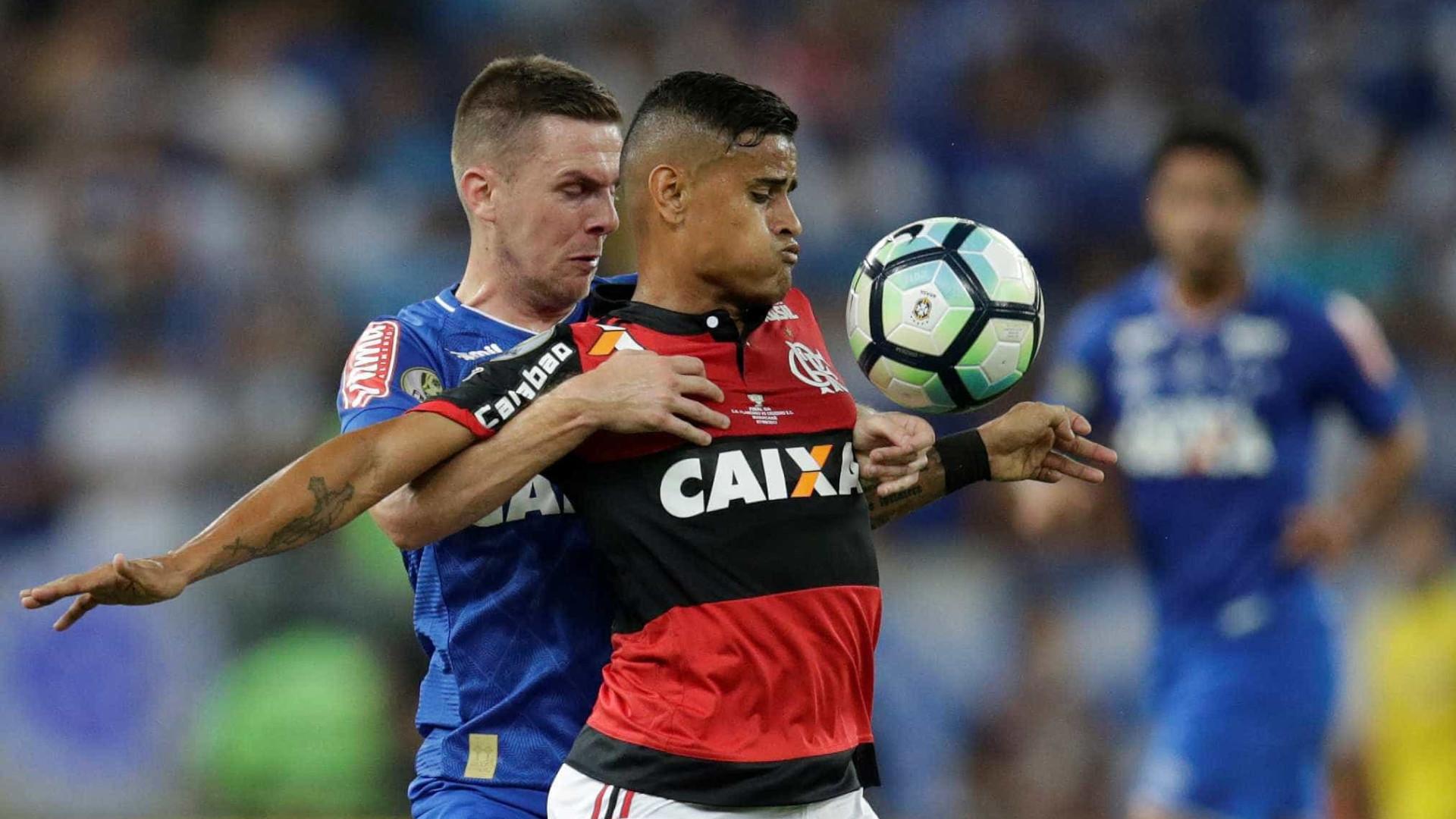 Vitória empata com o Flamengo na abertura do Campeonato Brasileiro