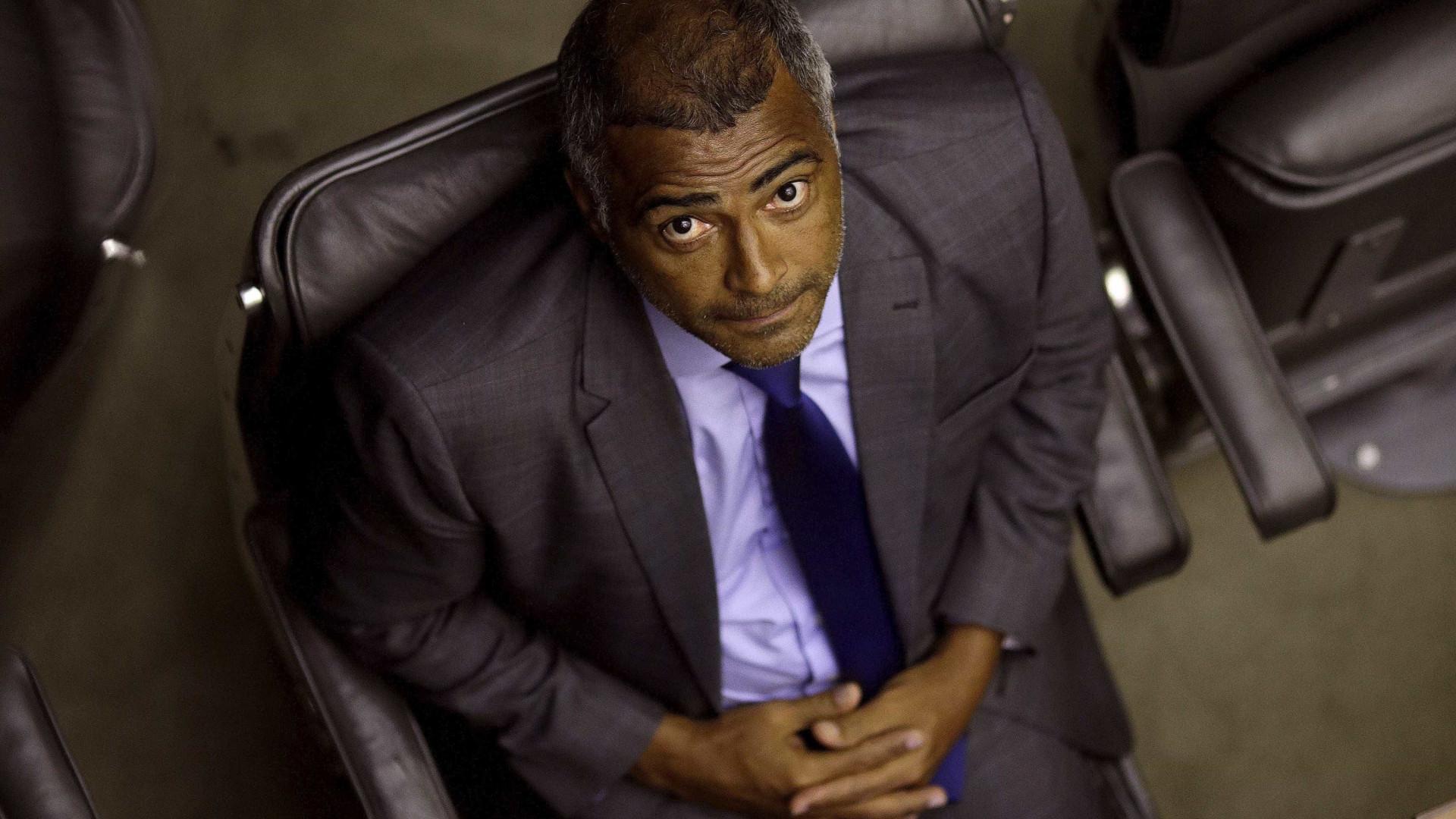 Romário se candidata à presidência da CBF
