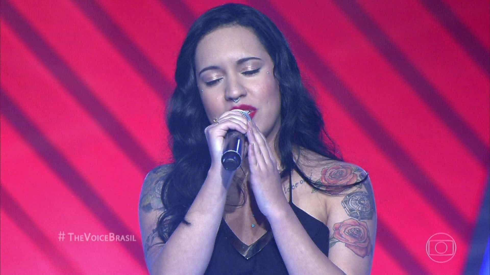 Samantha Ayara comemora vitória no The Voice Brasil no