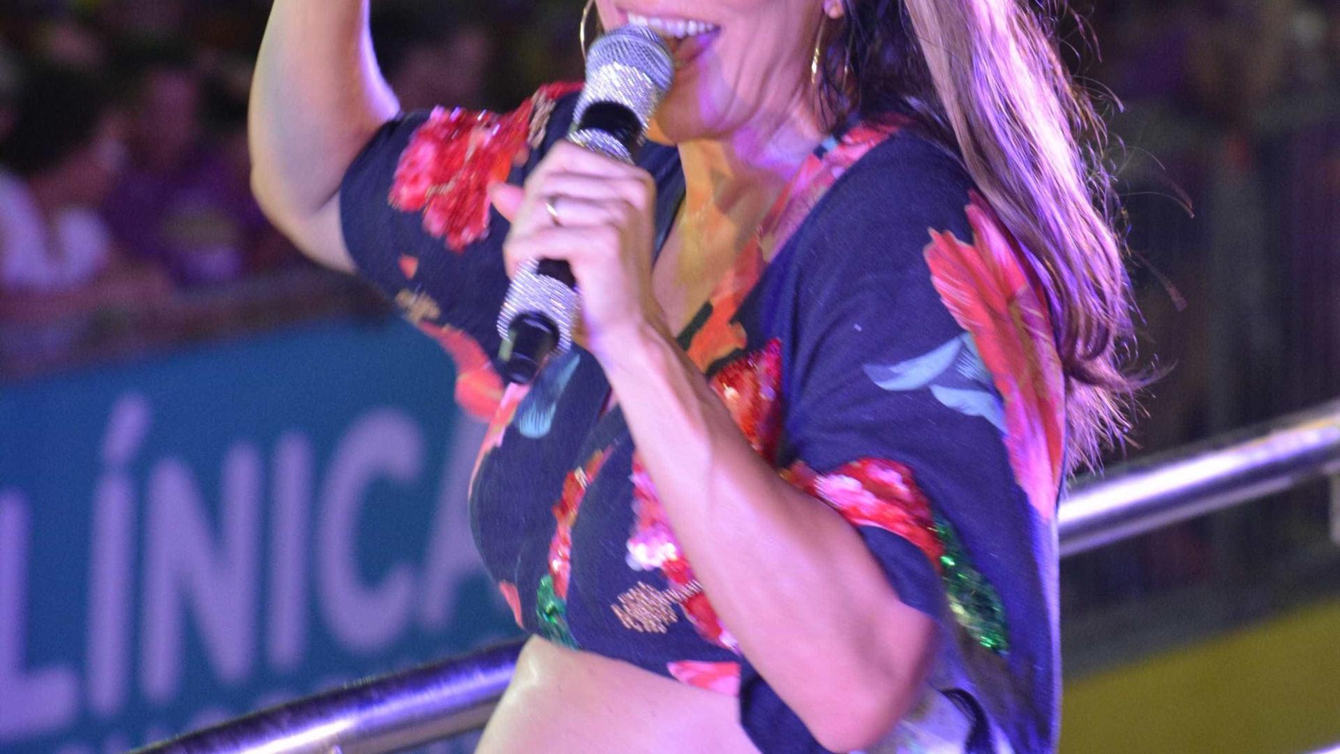 Ivete Sangalo dá bronca em homem que deixou criança perdida em show