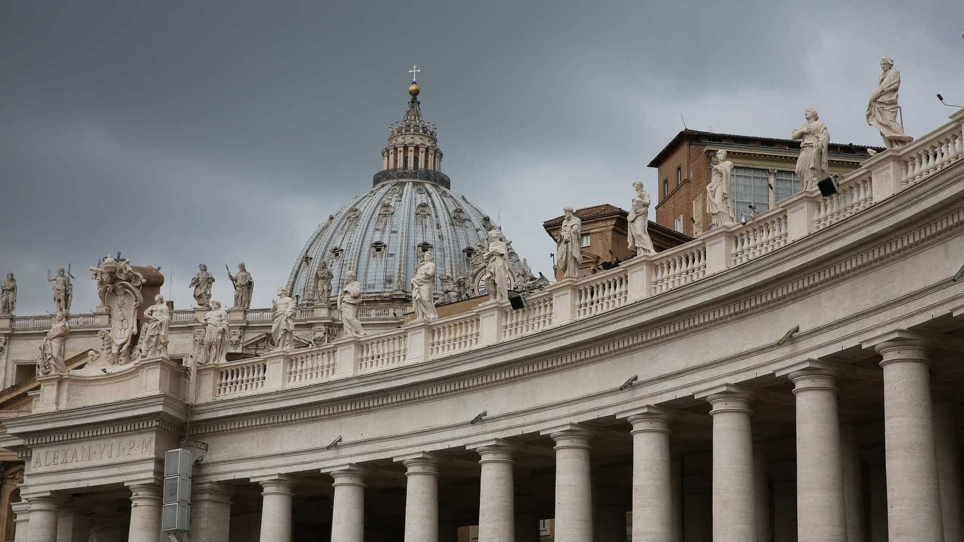 Tribunal condena arcebispo de Guam após julgamento sobre abusos sexuais — Vaticano