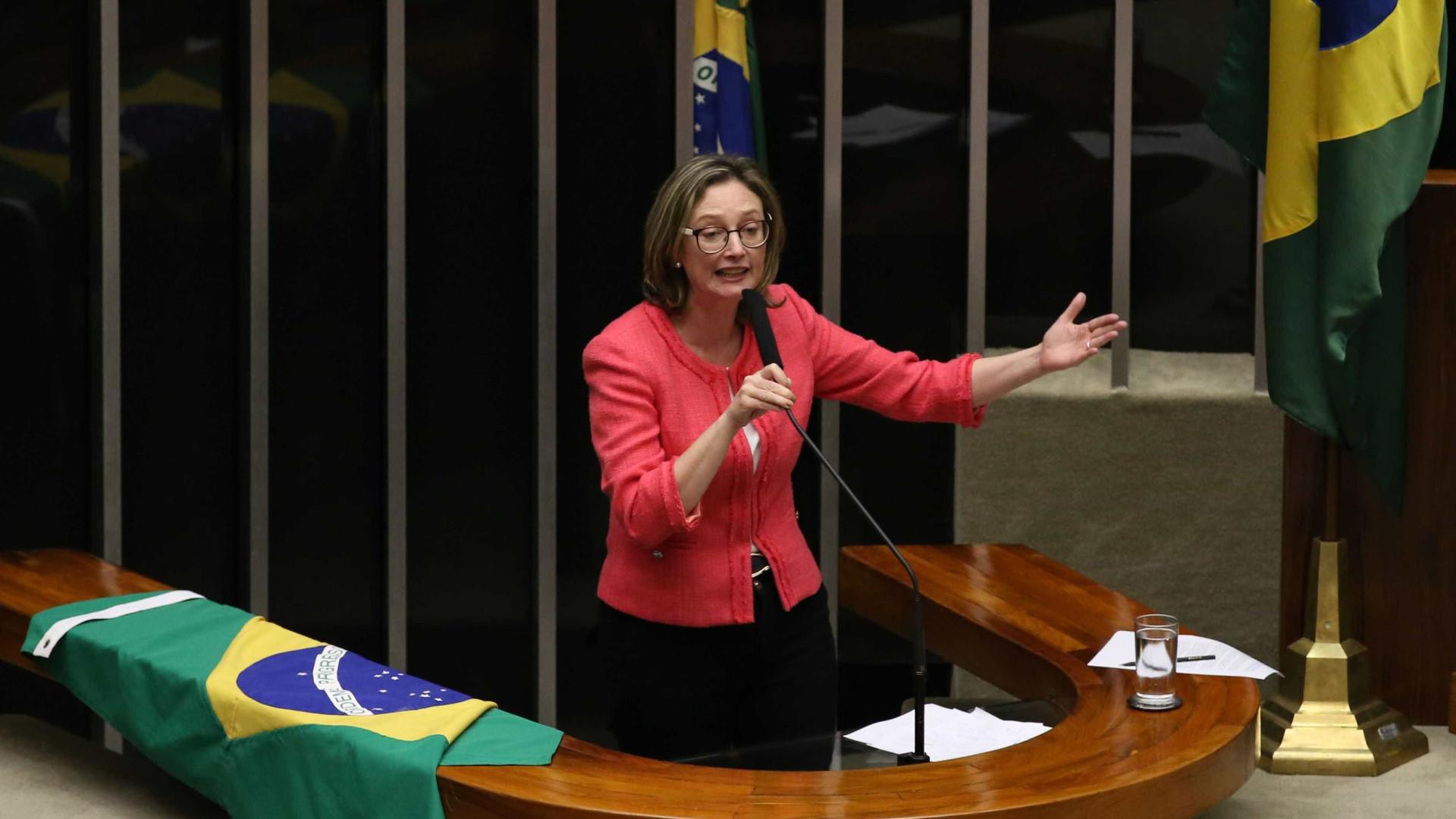 """""""Não a estupraram? Que pena"""", diz vereador após Rosário ser assaltada"""
