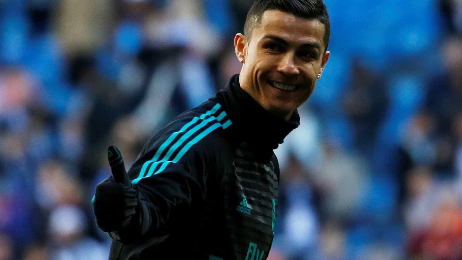 Ronaldo e Jorge Mendes premiados nos Globe Soccer Awards, no Dubai