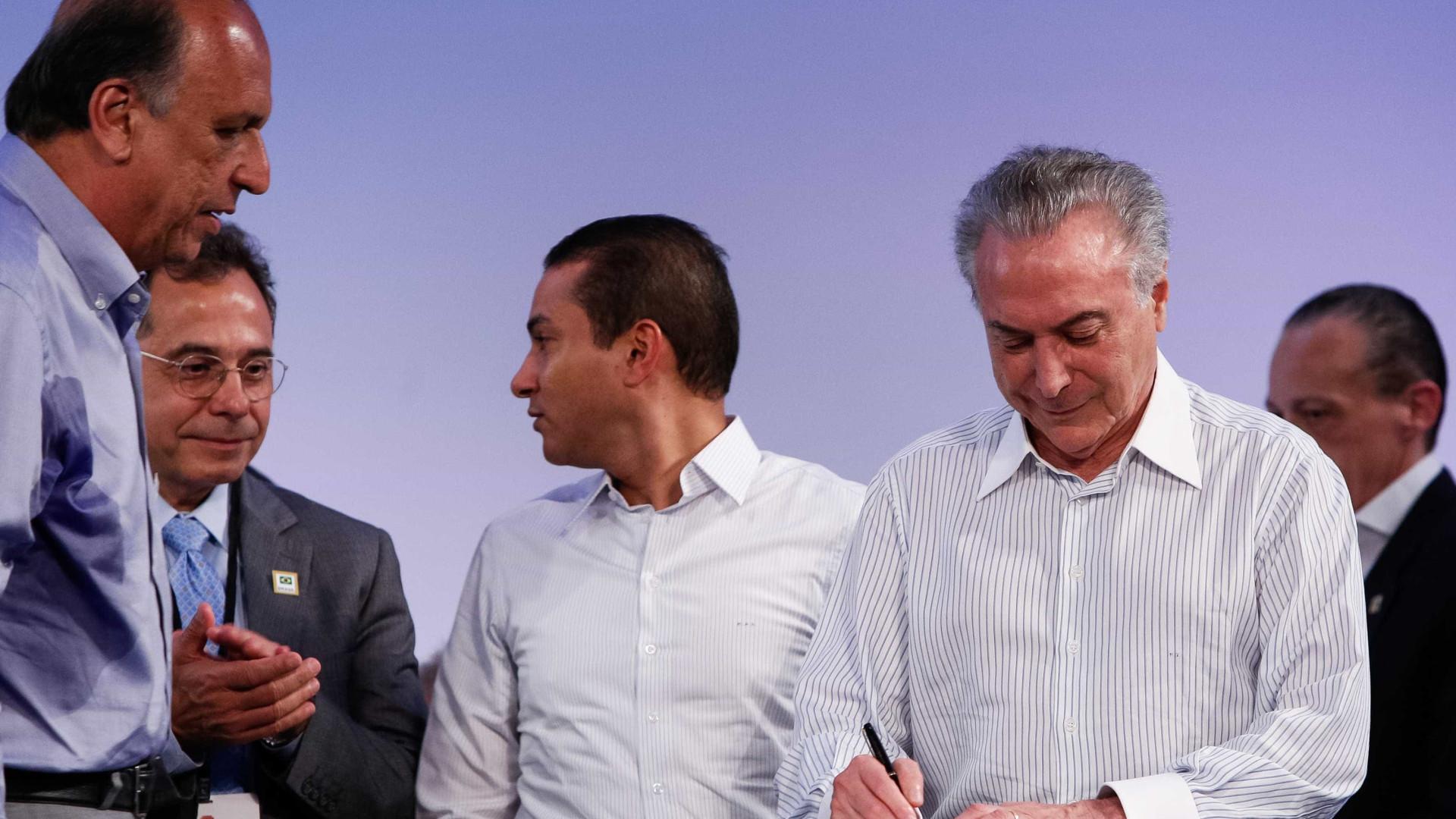 Temer assina MP que libera 2 bilhões para municípios