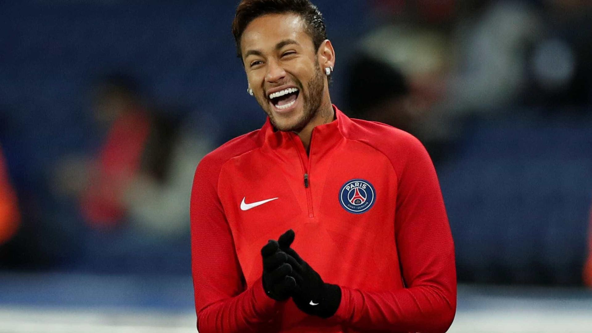 Jornal L'Équipe elege Neymar a personalidade do ano do futebol francês