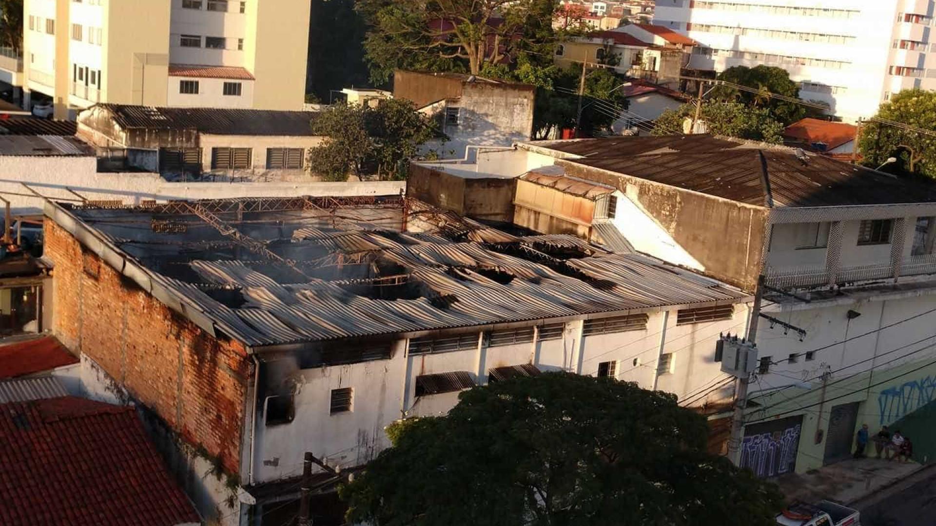 Após incêndio, Acadêmicos do Tucuruvi não será julgada no Carnaval