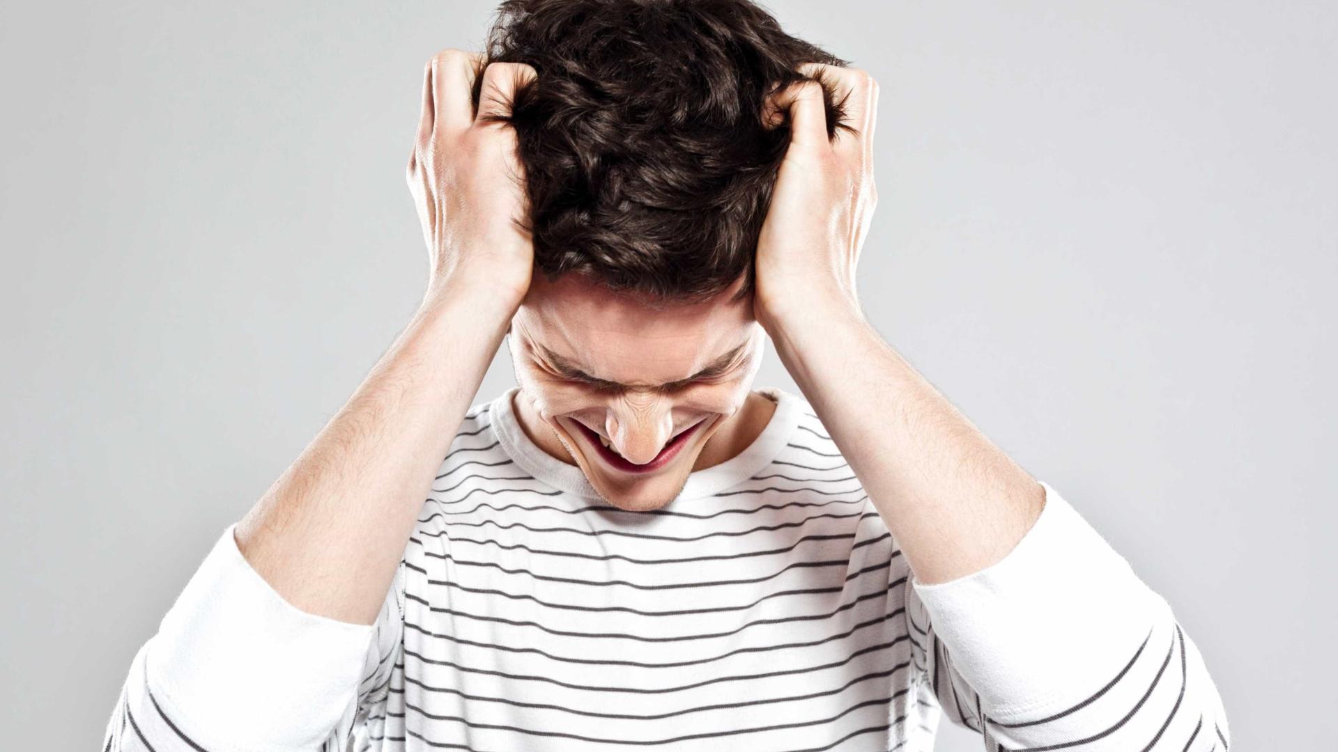 Estresse arruína o cabelo destas quatro formas