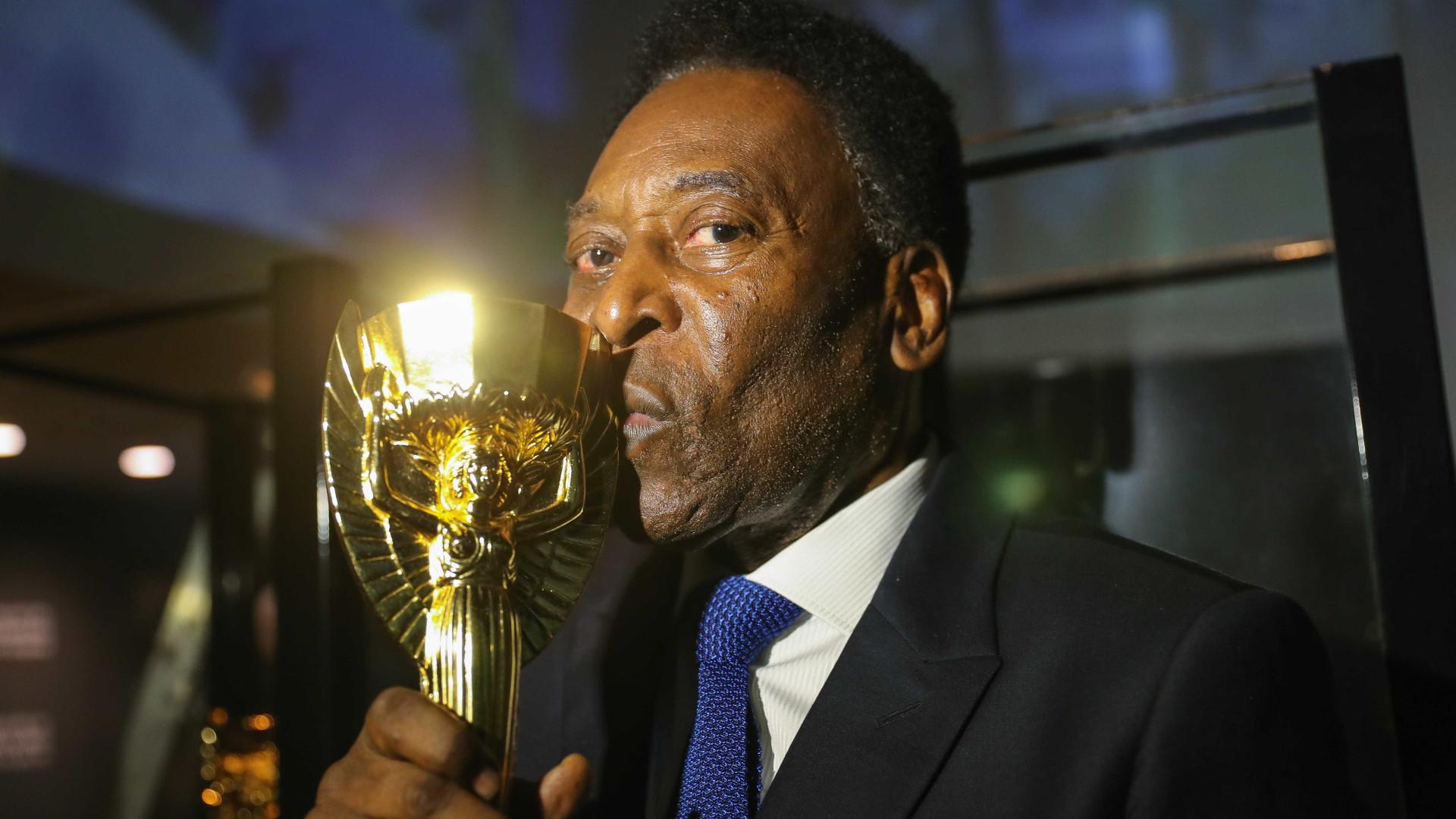 Em recuperação, Pelé diz estar pronto para acompanhar Brasil na Copa