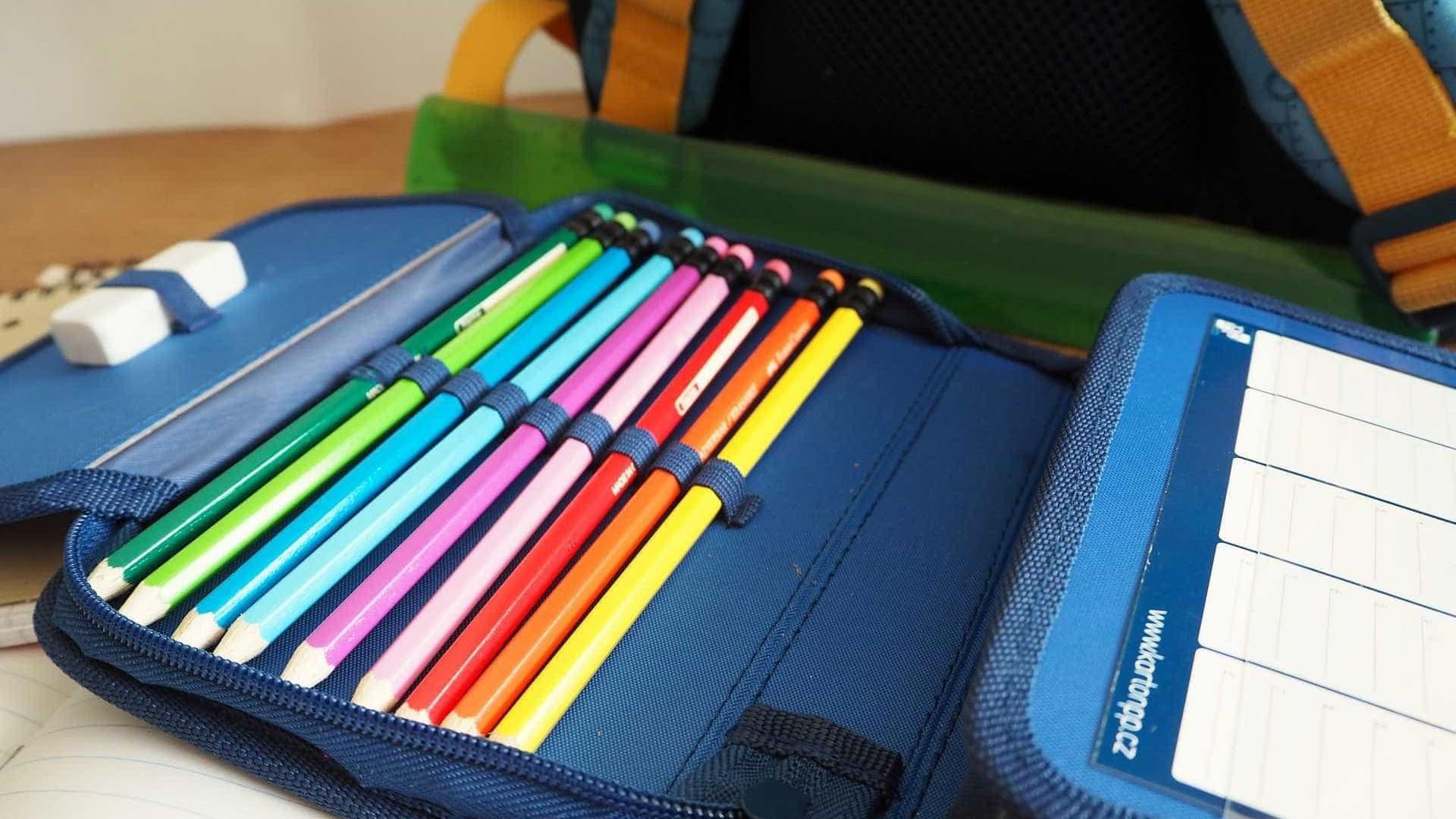 Variação de preço de material escolar pode ir até 260%