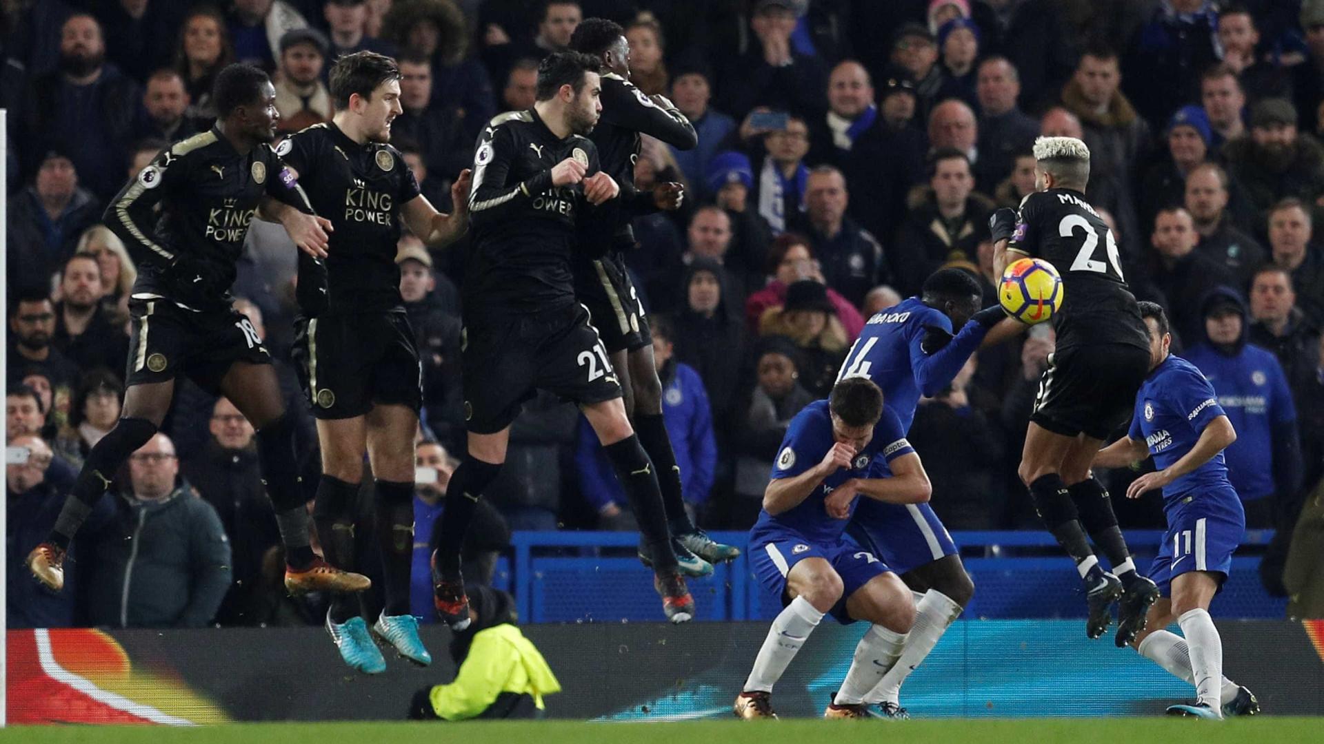 Chelsea decepciona e só empata com o Leicester em casa no Inglês