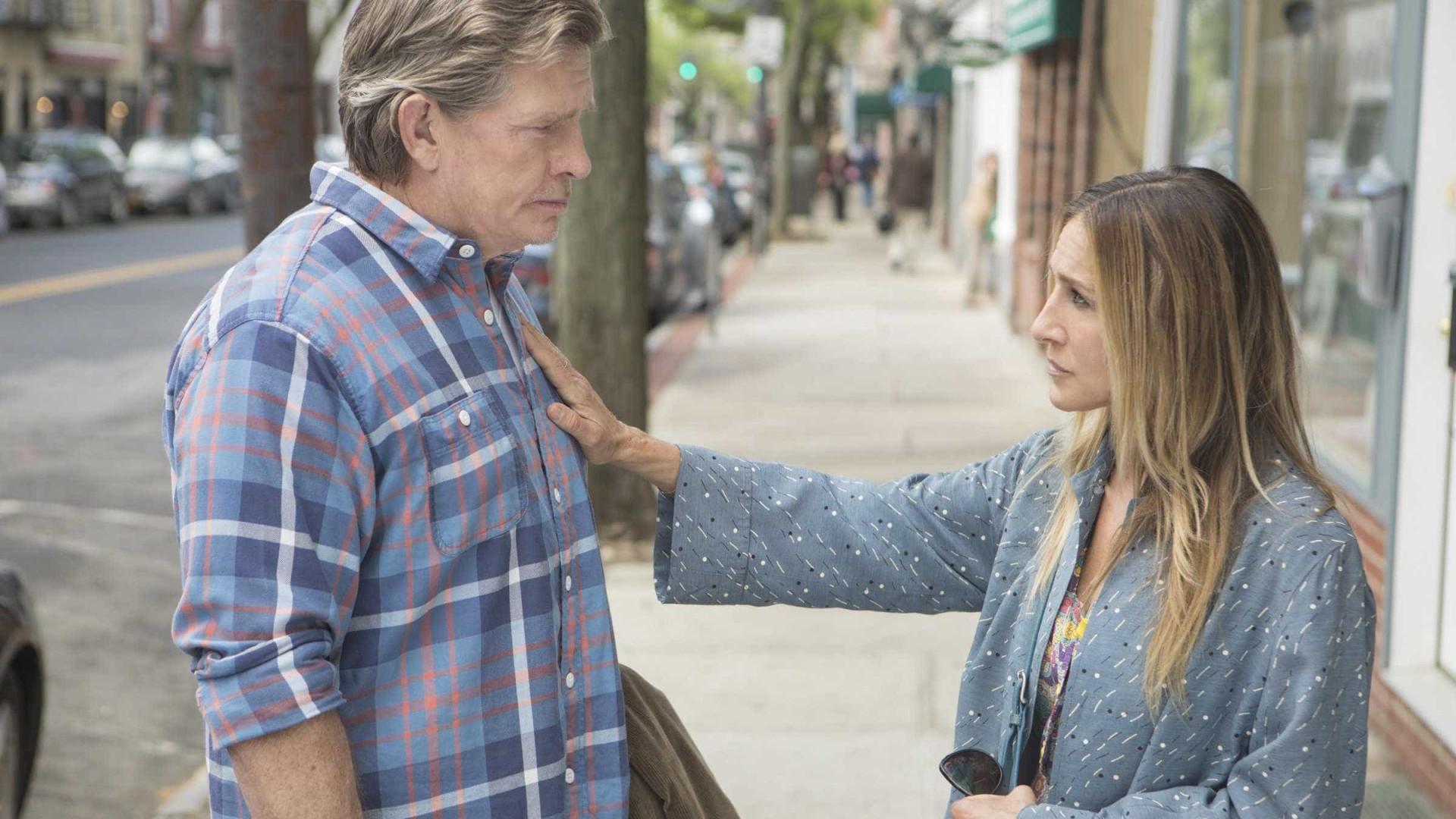 Sarah Jessica Parker vive dramas femininos na 2º temporada de 'Divorce'