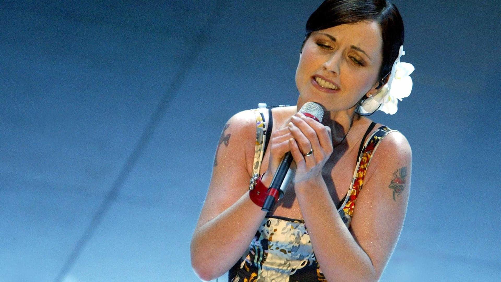 Morre vocalista da banda The Cranberries, aos 46 anos