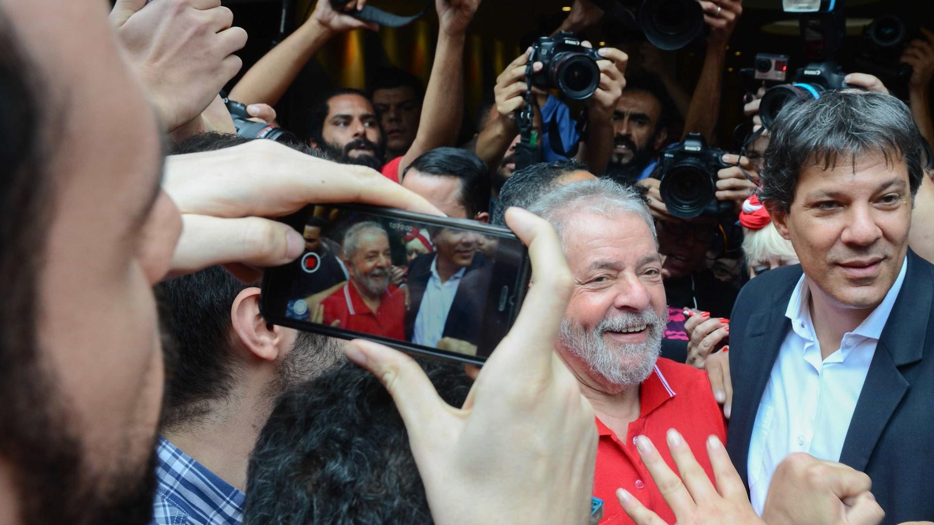 Haddad visita Lula na prisão, pela 1ª vez, nesta quinta-feira