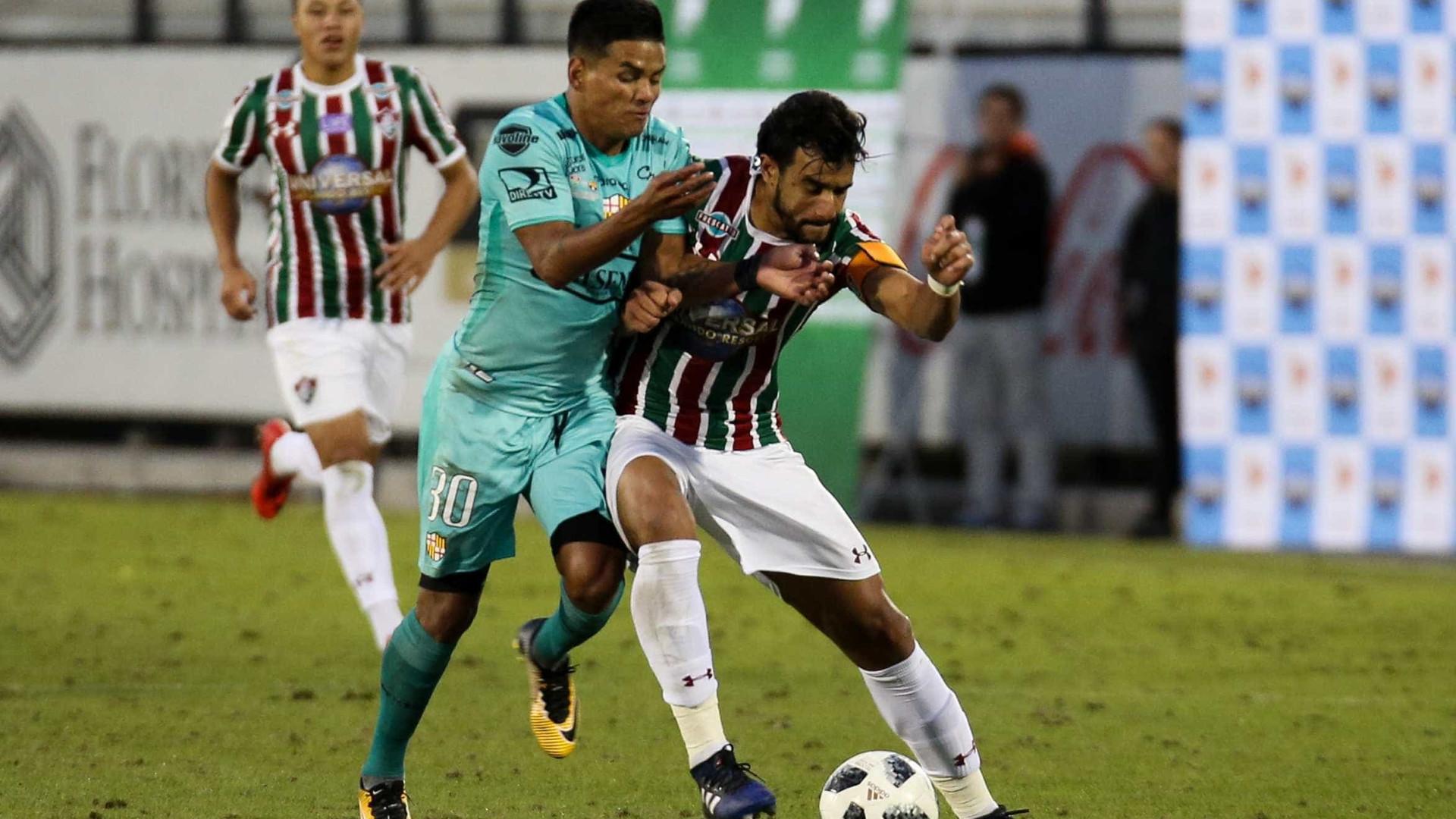 Henrique, enfim, está liberado para assinar com o Corinthians