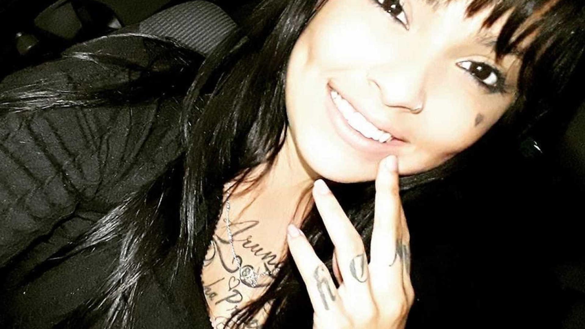 Jovem encontrada morta em Revéillon mencionou dívida em áudio