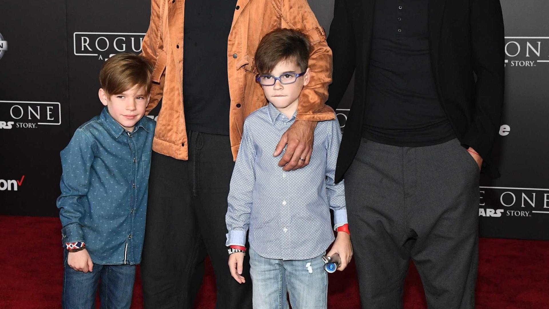 Ricky Martin conta como explica aos filhos que eles têm dois pais