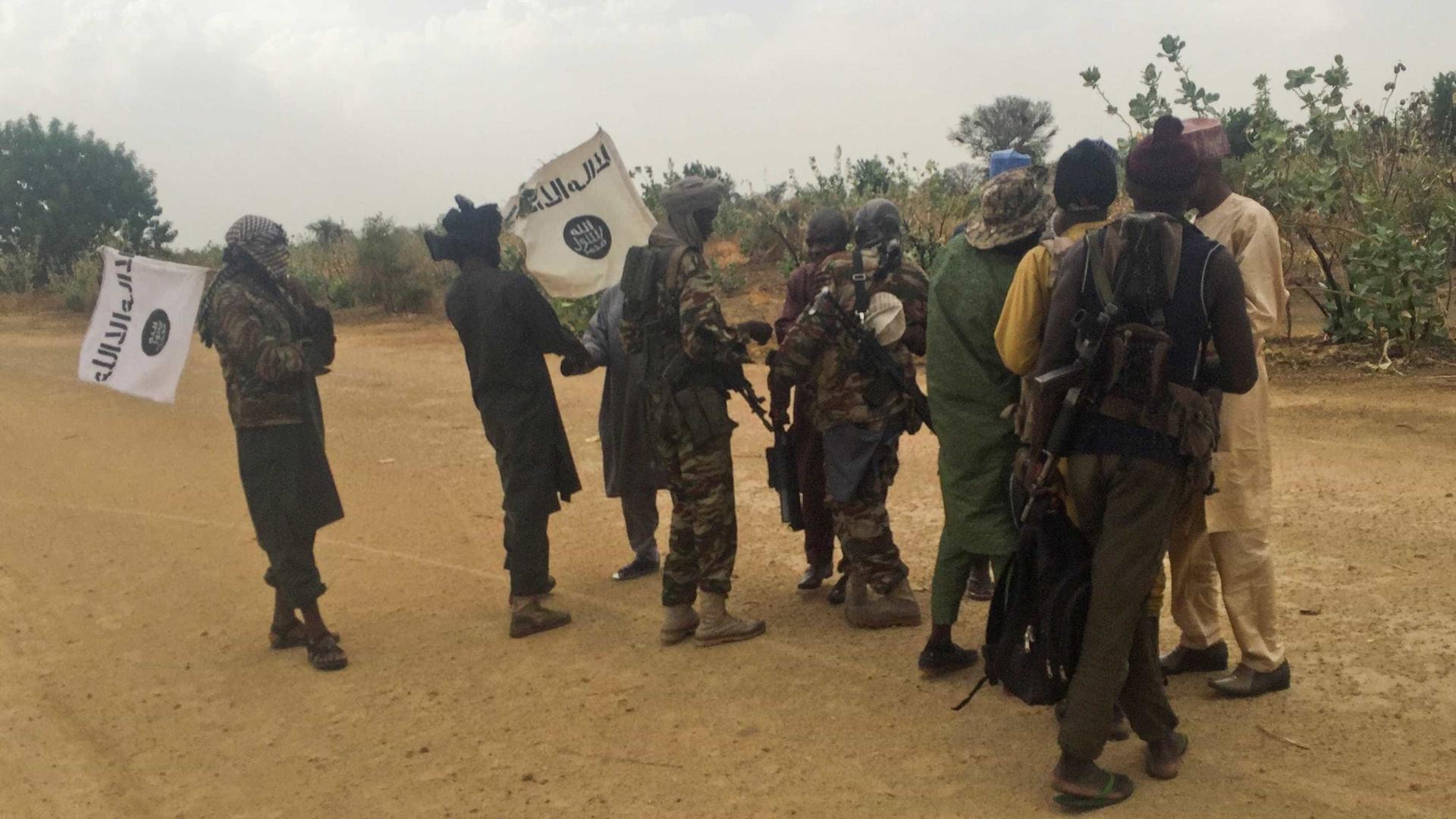 Duplo atentado na Nigéria deixa mais de 10 mortos